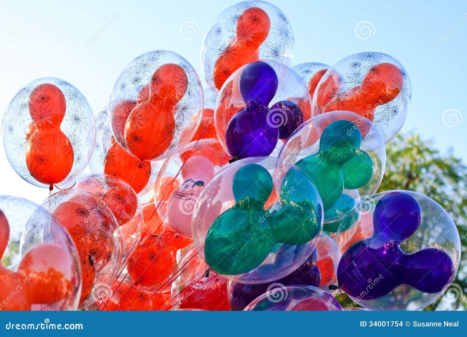 Ballonger på Disneyland