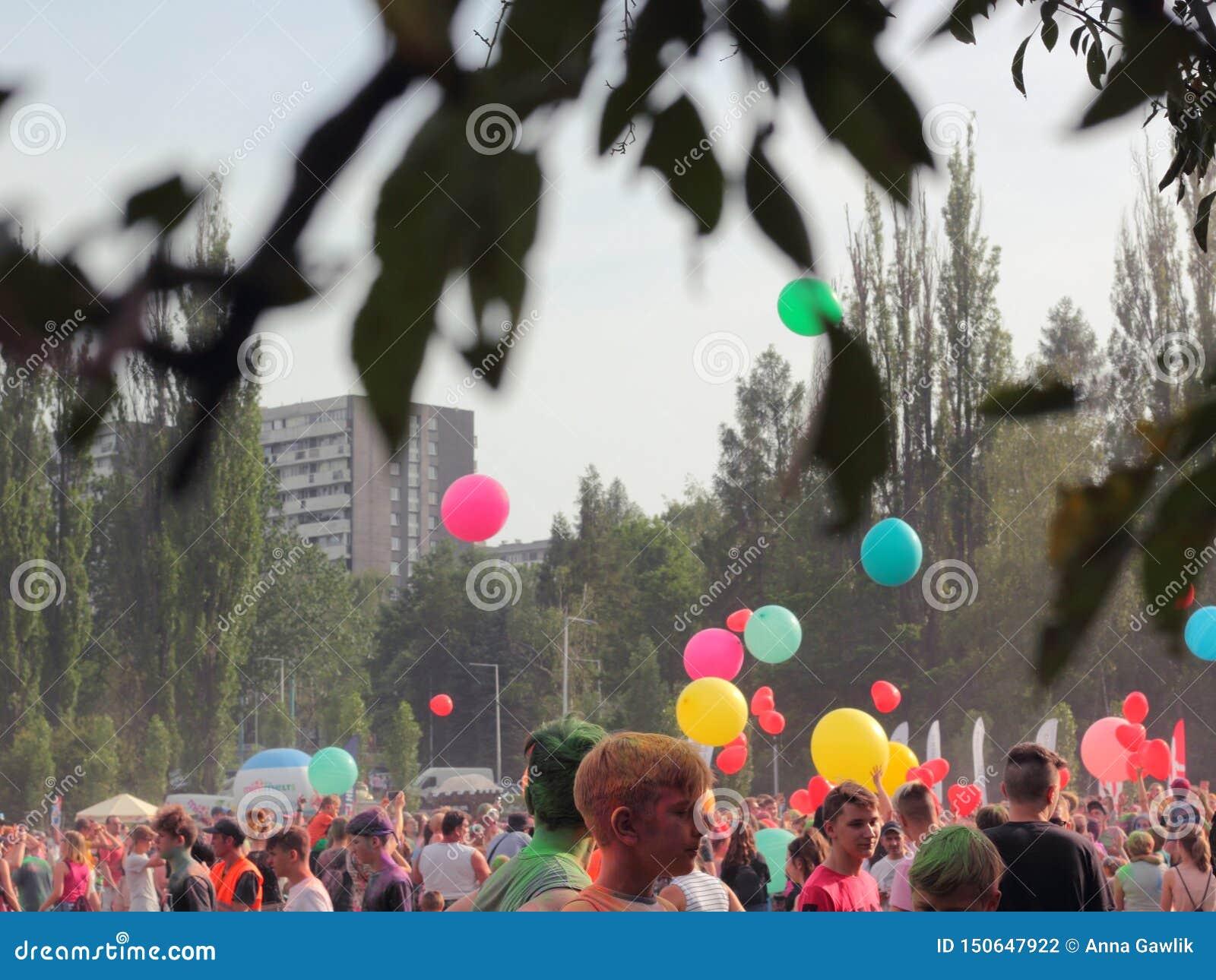 Ballonger på festival av färger