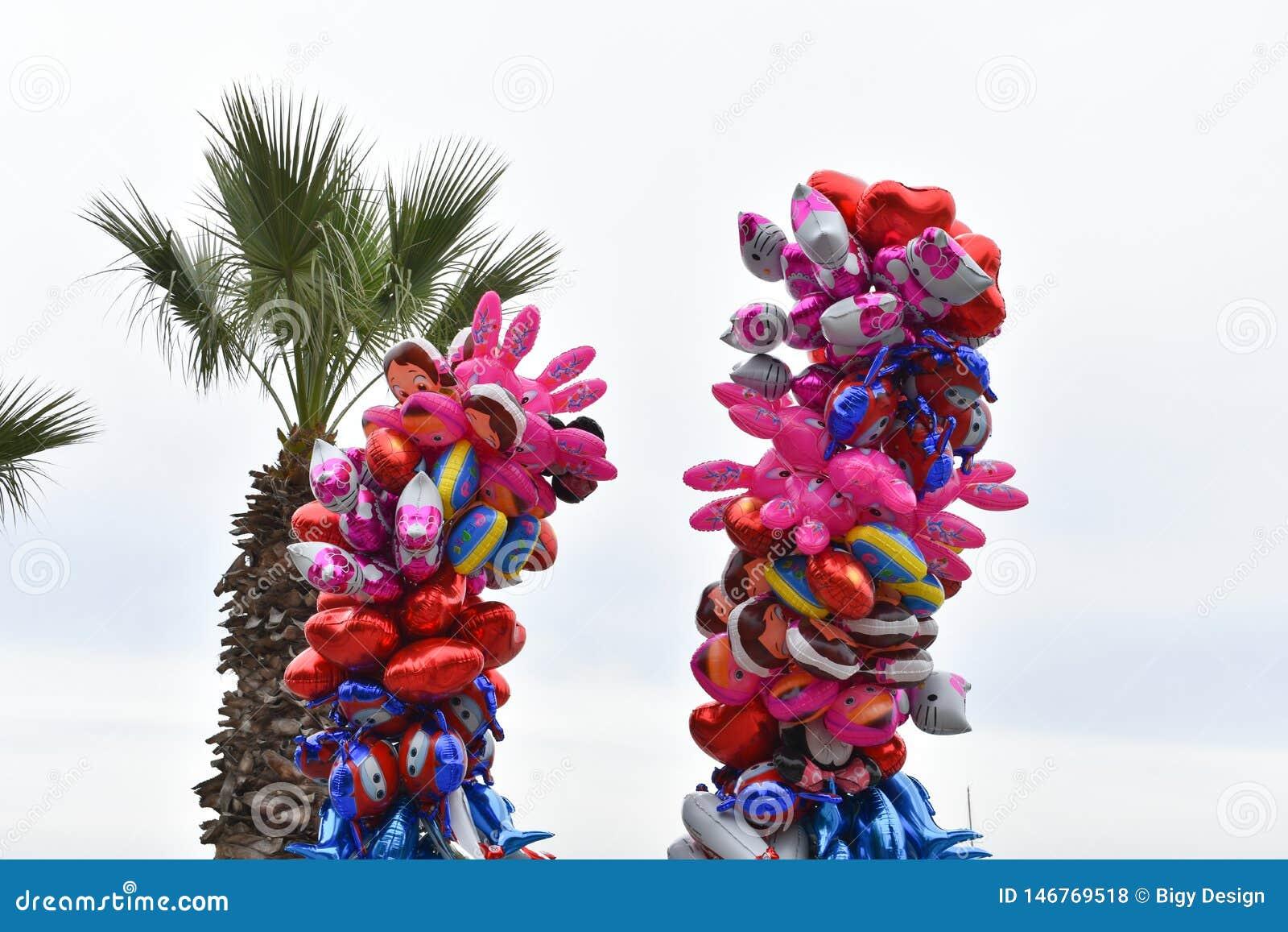Ballons color?s Fond de ciel Fond dr?le