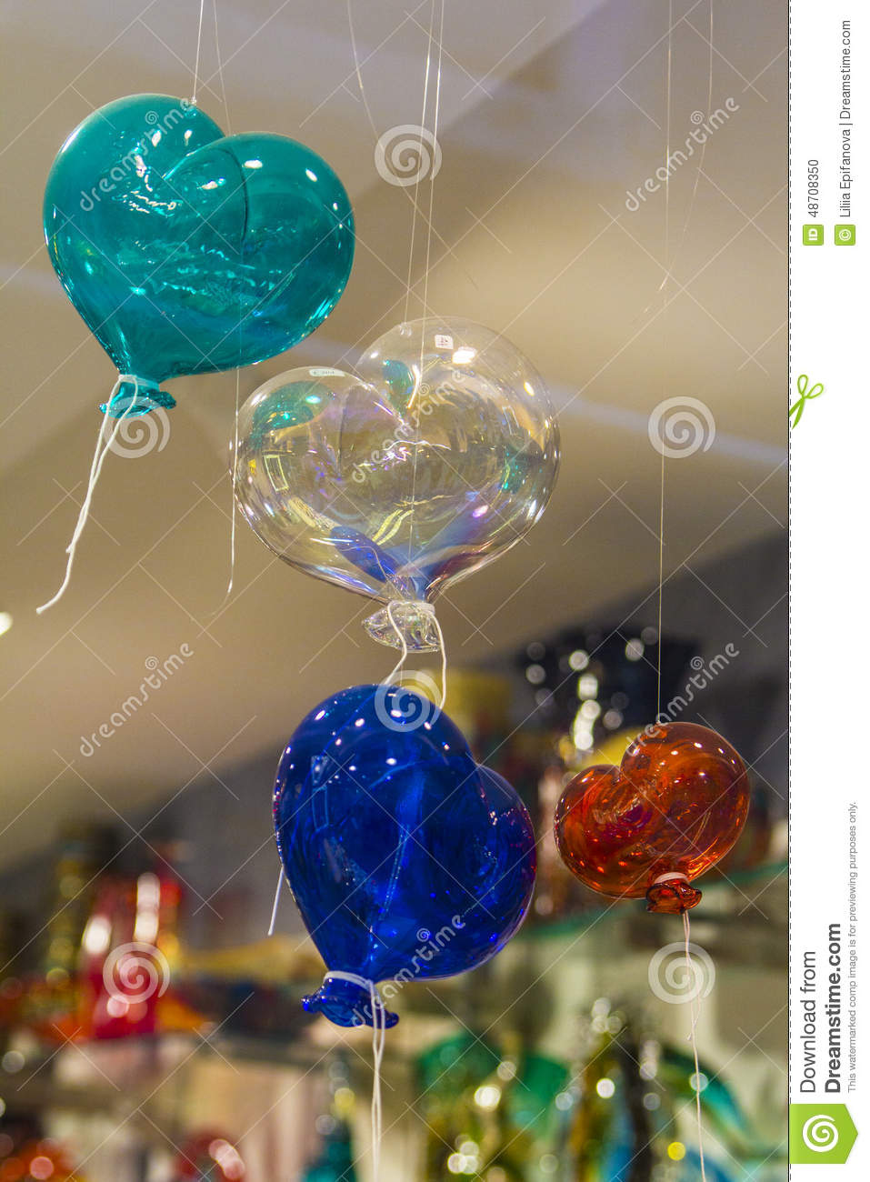 ballons sous forme de verre de murano de coeurs photo stock image 48708350. Black Bedroom Furniture Sets. Home Design Ideas