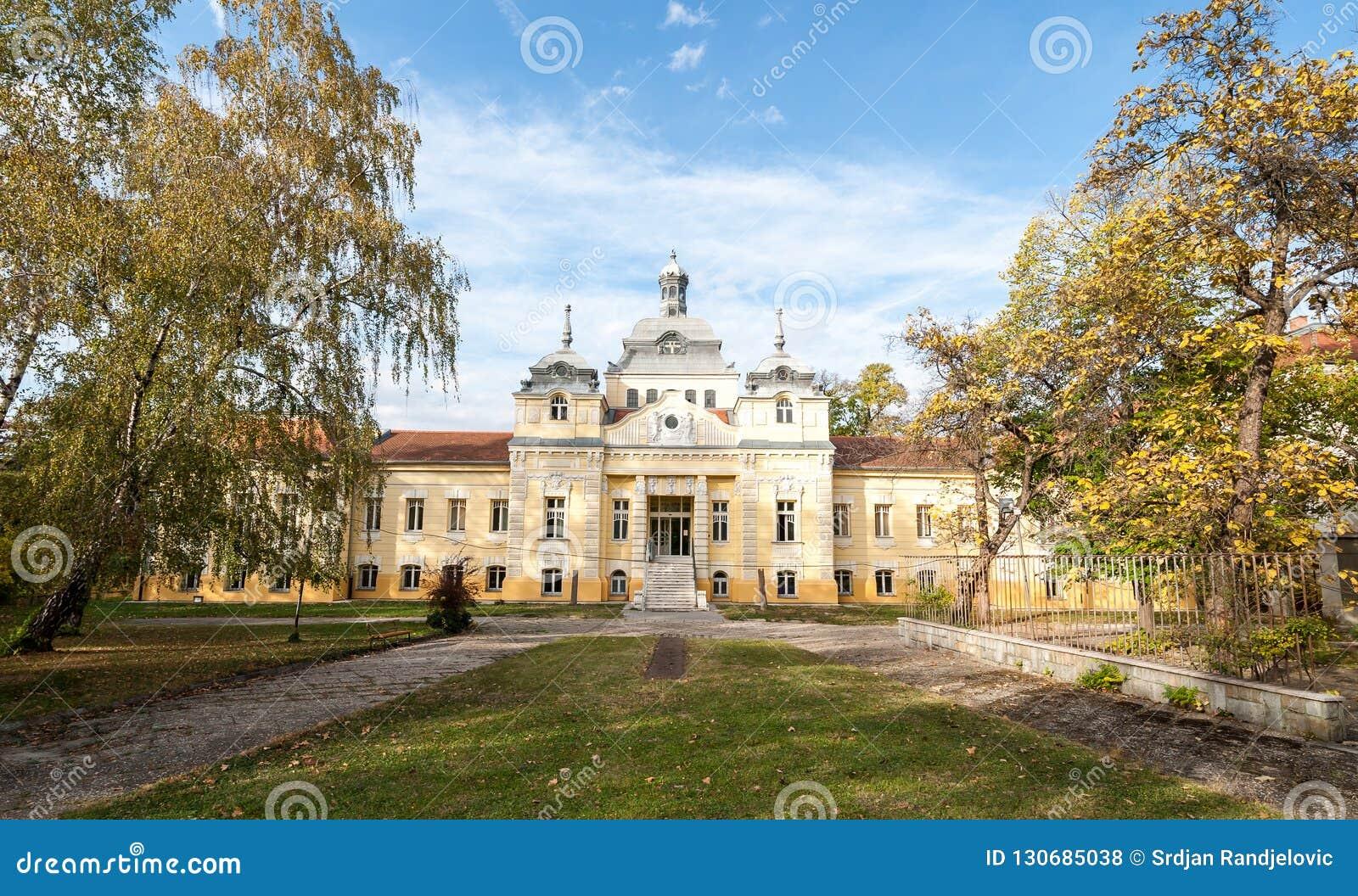 Balneario del yodo - hospital en institución médica pública de la atención sanitaria de Novi Sad, Serbia