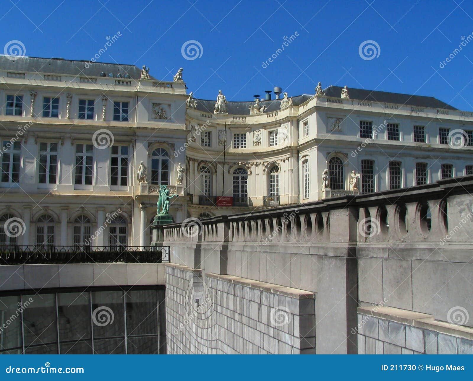 Balustradowego nowego kontrast stary