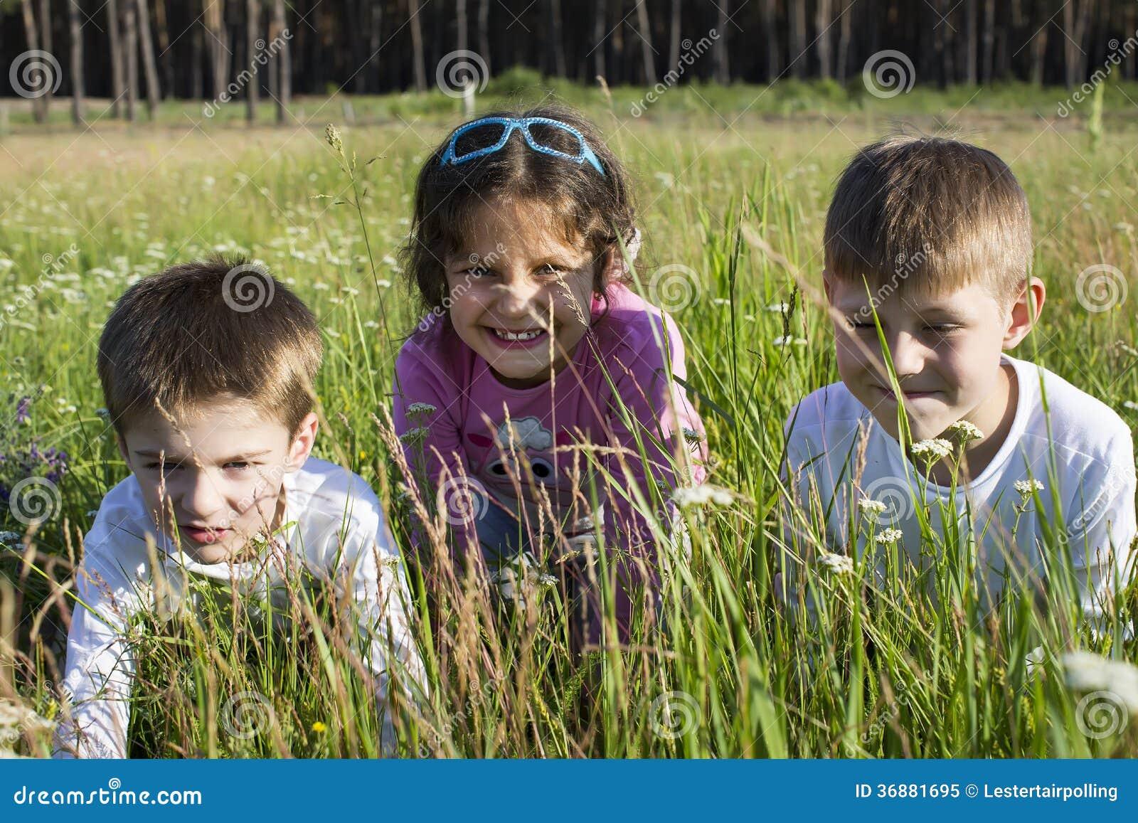 Download Bambini immagine stock. Immagine di poco, energia, ragazzo - 36881695