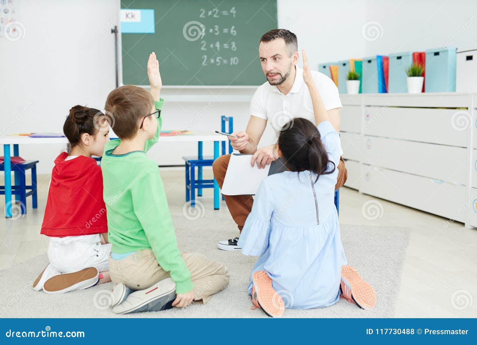 Bambini Che Hanno Lezione Di Per La Matematica Fotografia ...