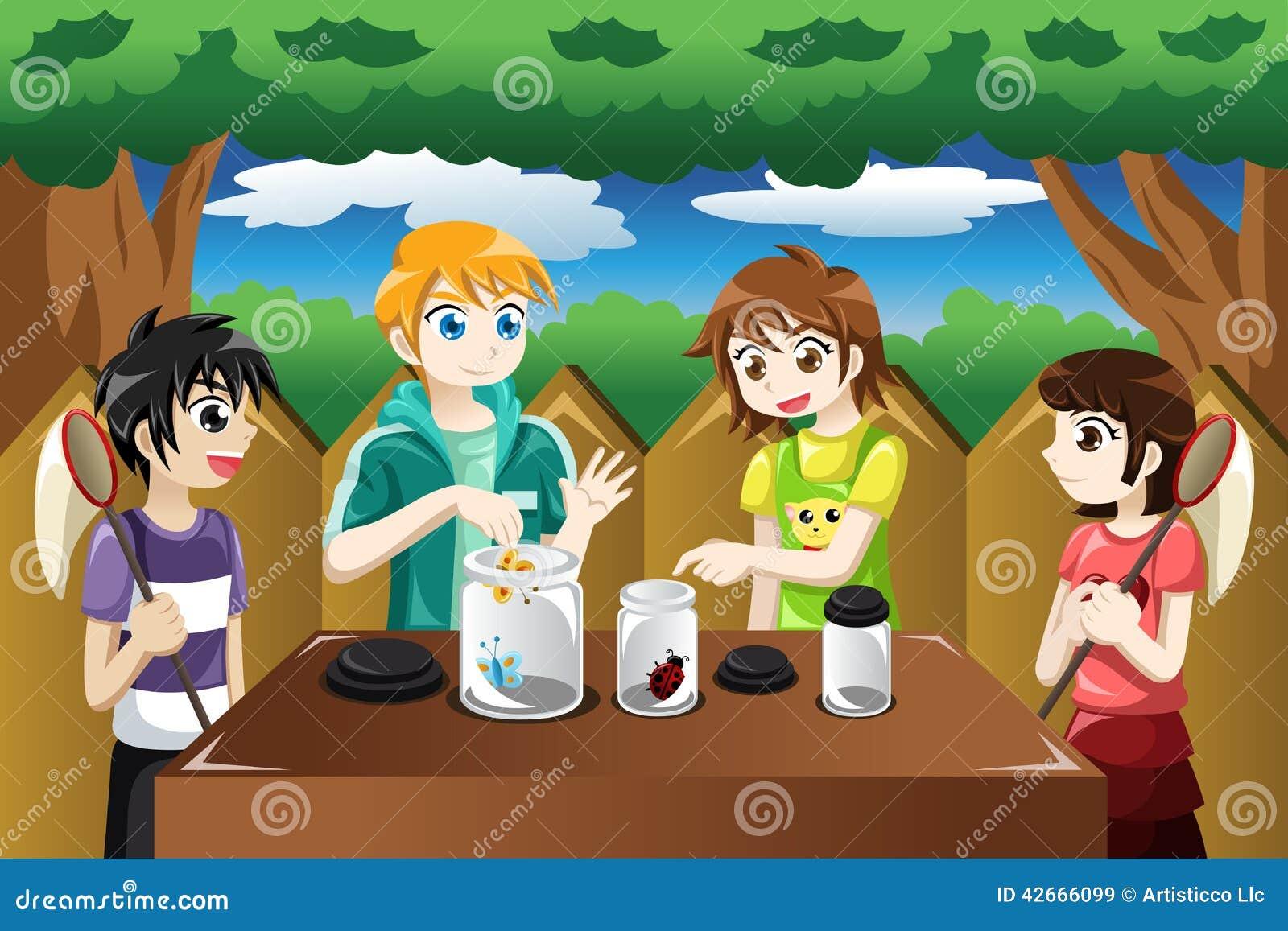 Bambini che prendono gli insetti