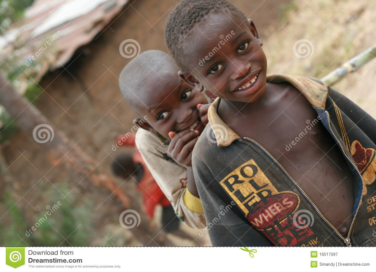 Bambini curiosi dell Africa