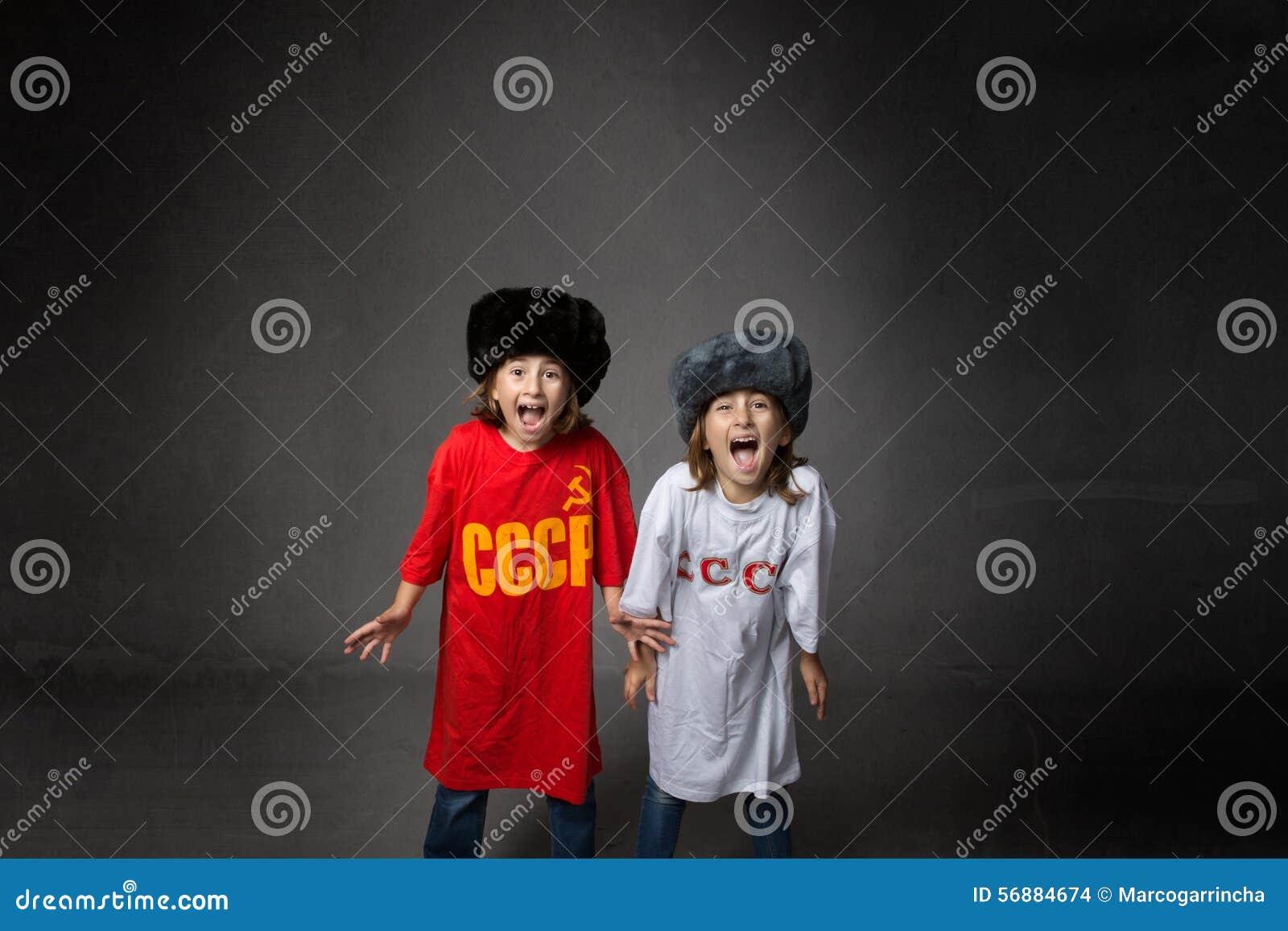 Bambini russi che gridano