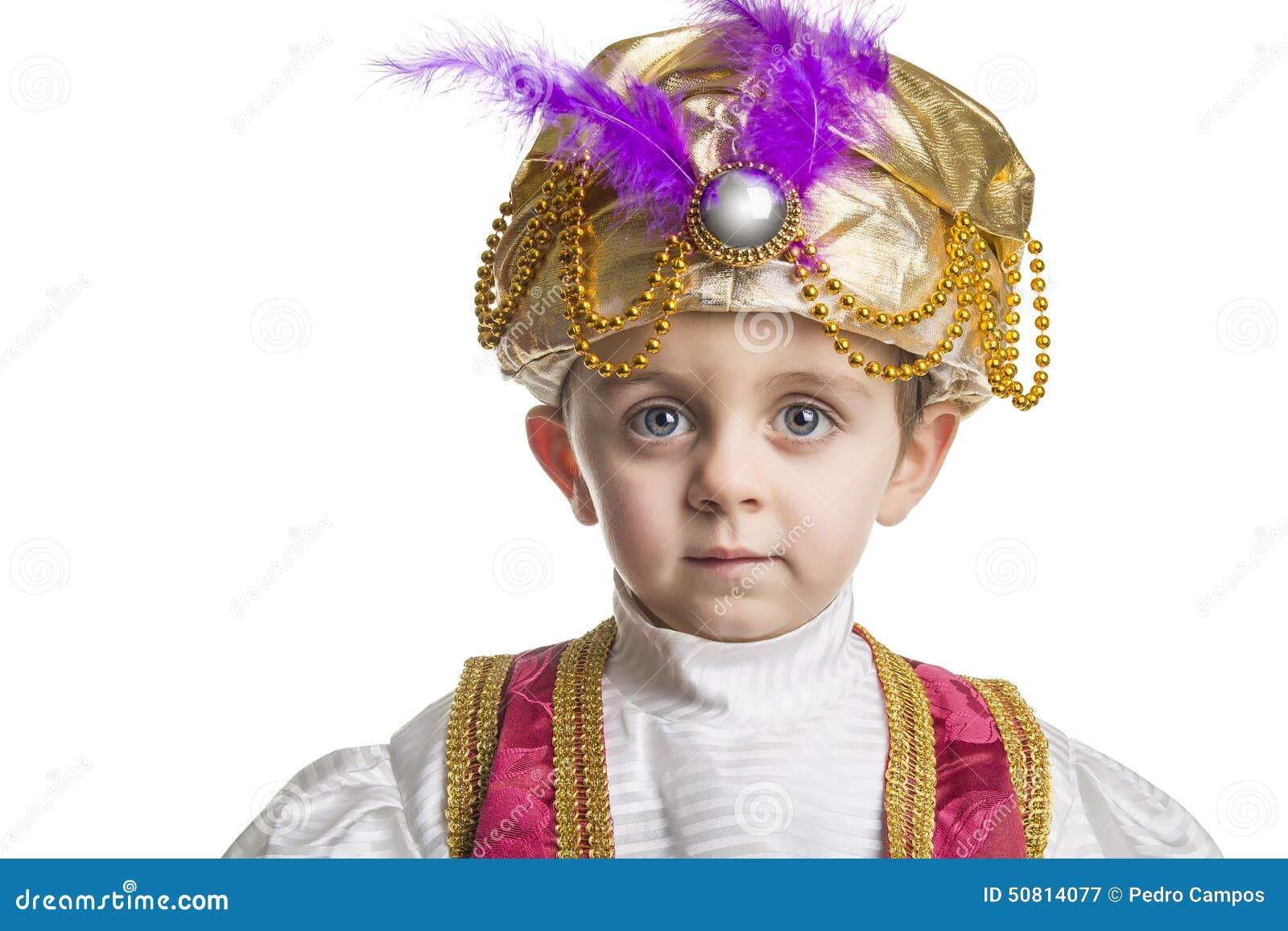 Bambino del sultano su bianco