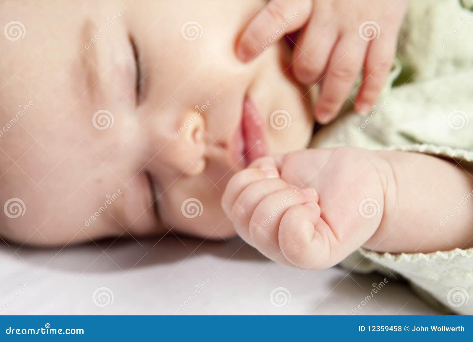 Bambino e mano