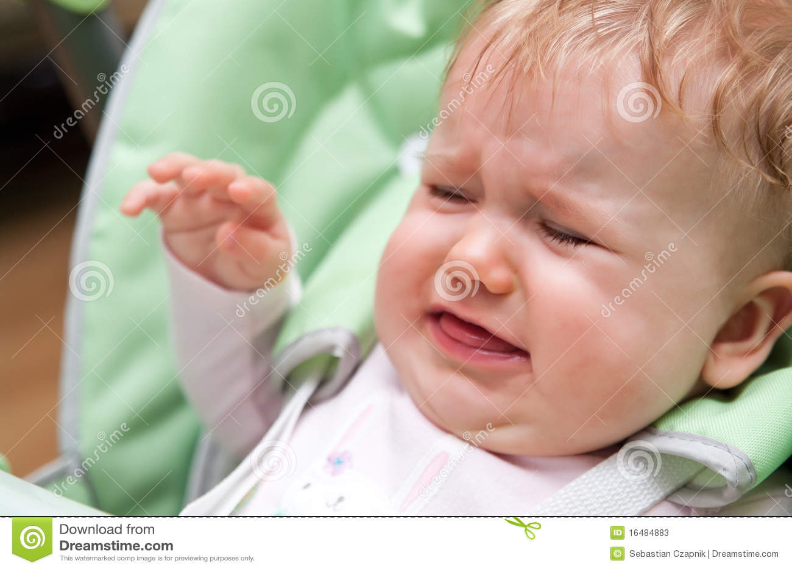 Bambino gridante