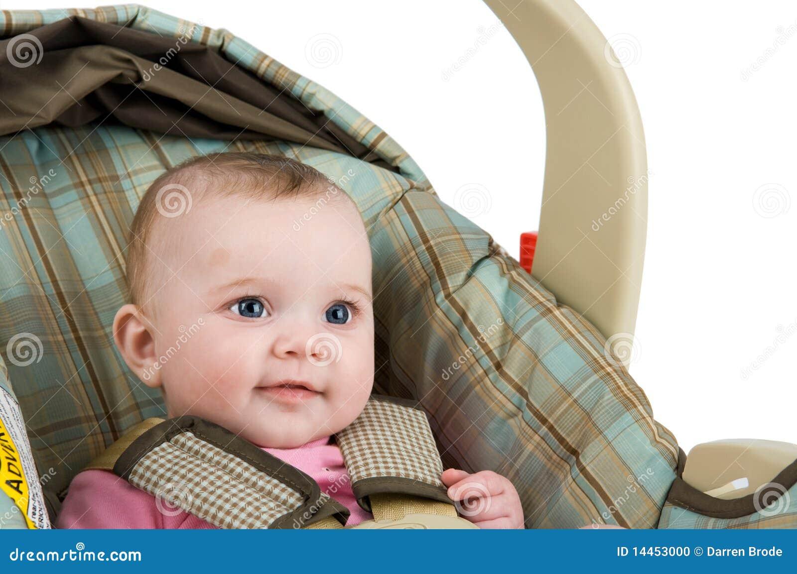 Bambino in un Carseat