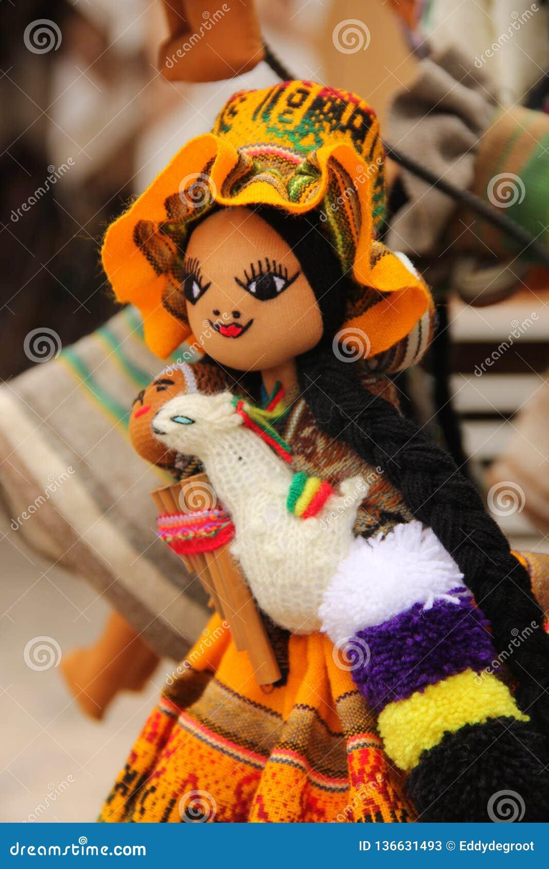 Bambole fatte a mano tradizionali da vendere