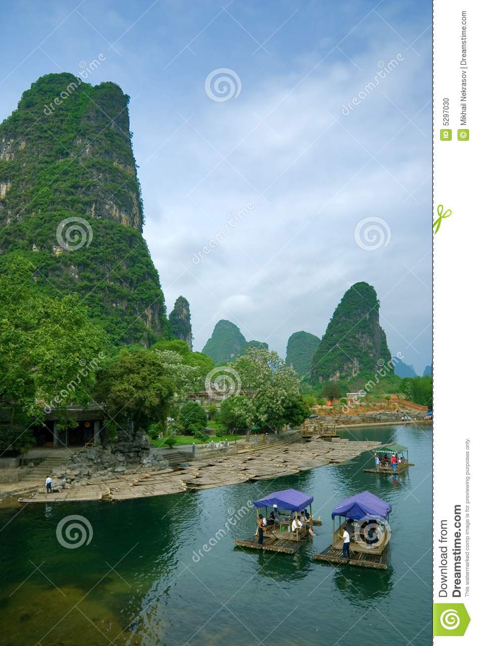 Bamboo raft at the Li river