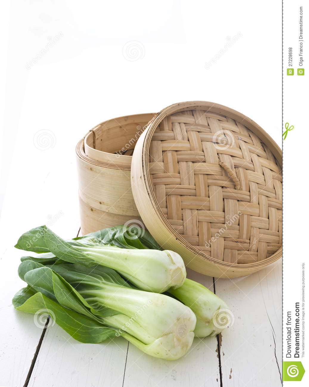 Bamboo steamer and bok choy