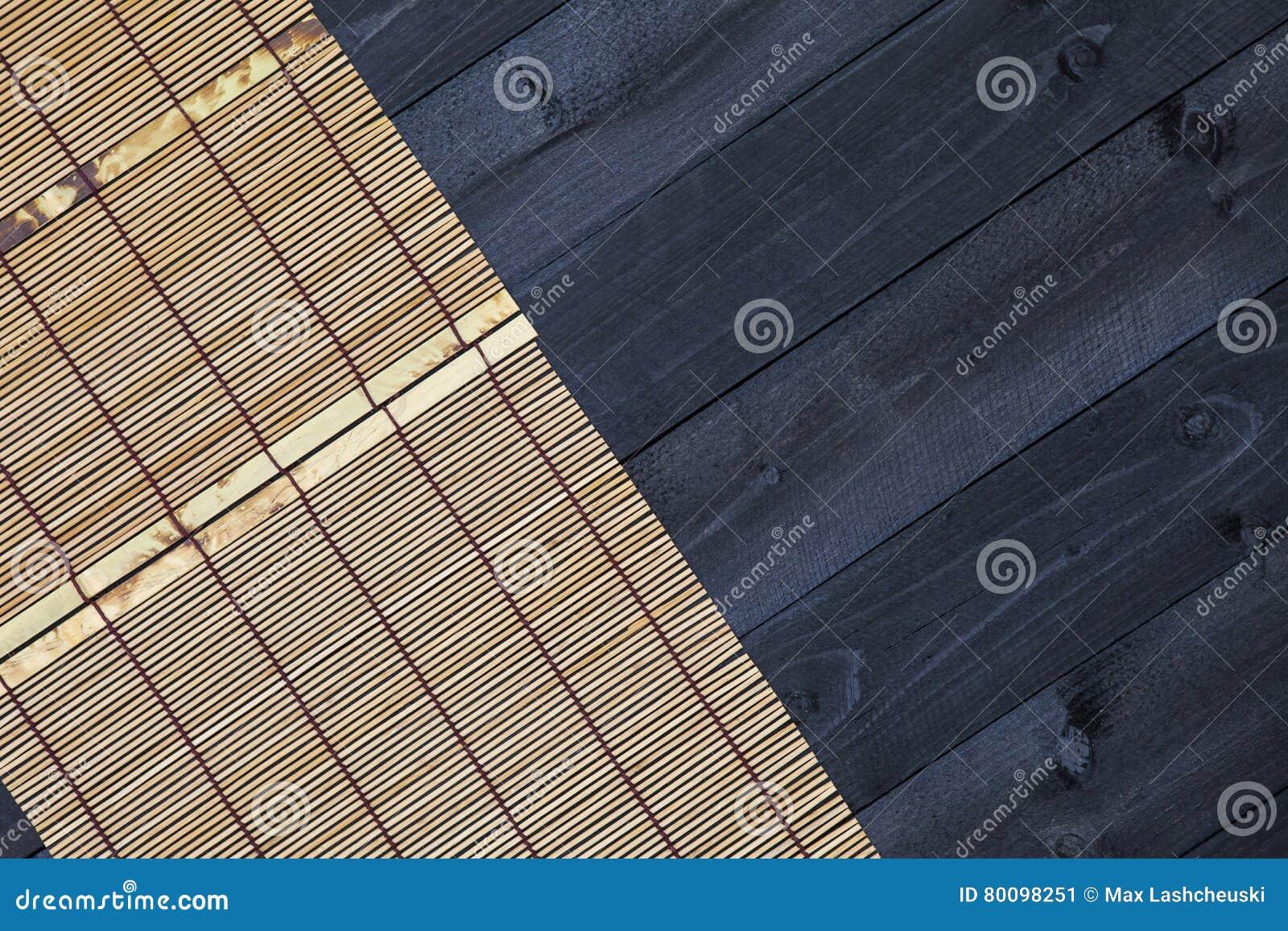 Bambu som är matt på trätabellen, bästa sikt
