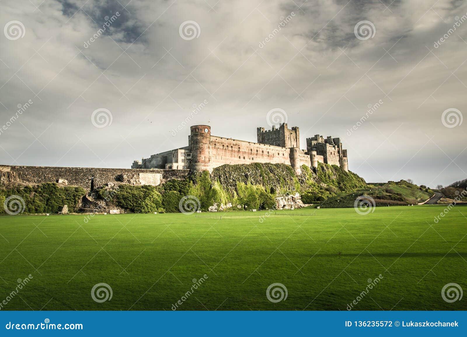 Bamburgh kasztel w Northumberland, zlany królestwo