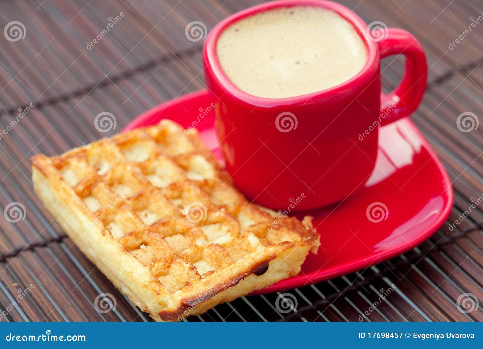 Bambusowi cappuccino filiżanki maty gofry