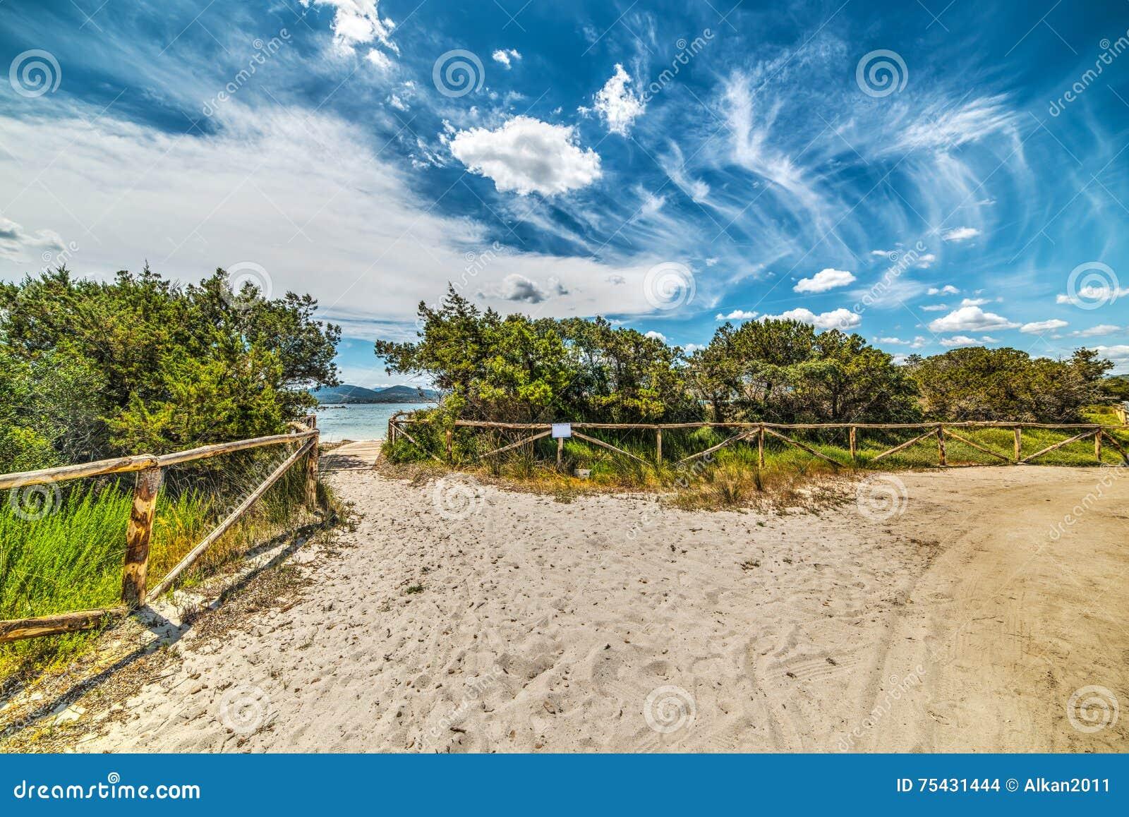 Bana på sanden i Puntaldia