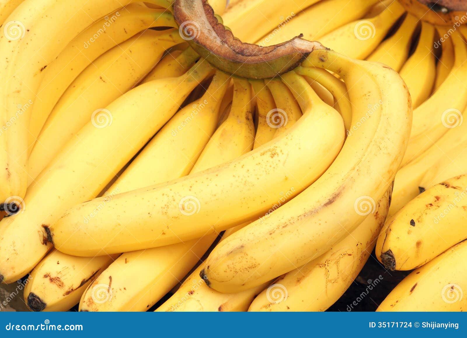Selling banana