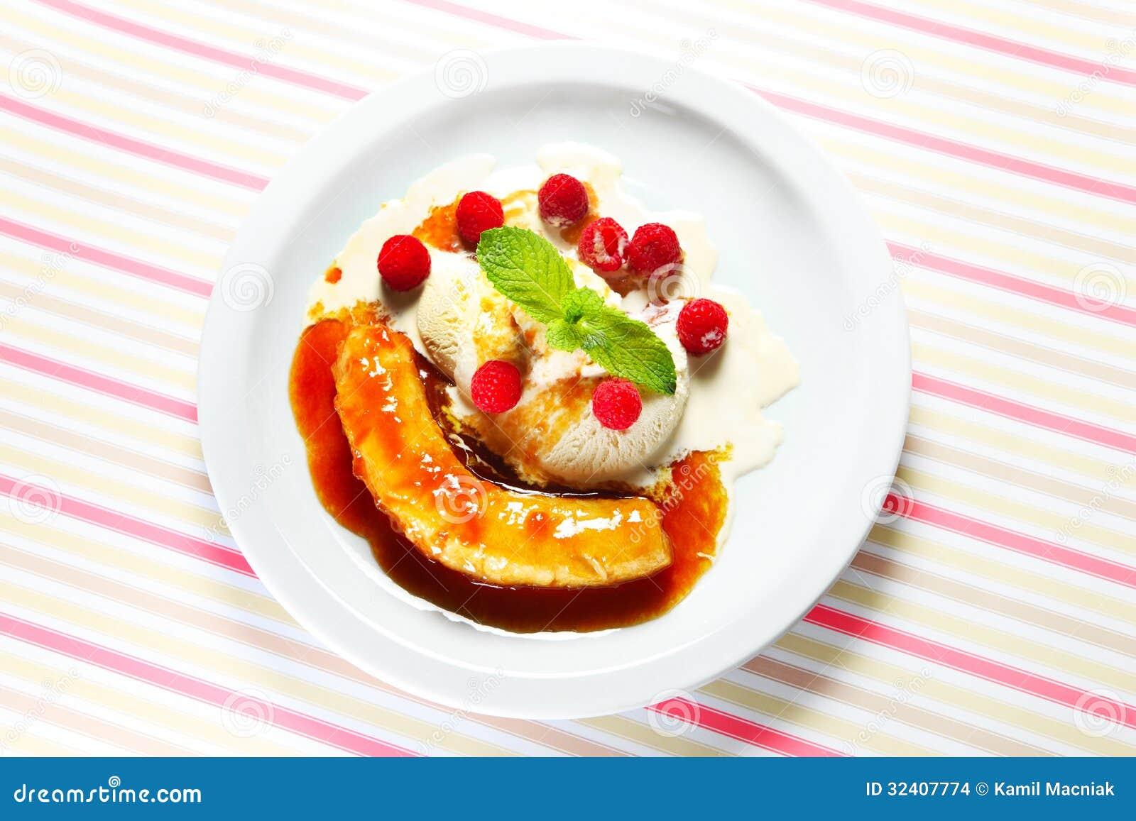 Diet Light Cake Whipped Fruit