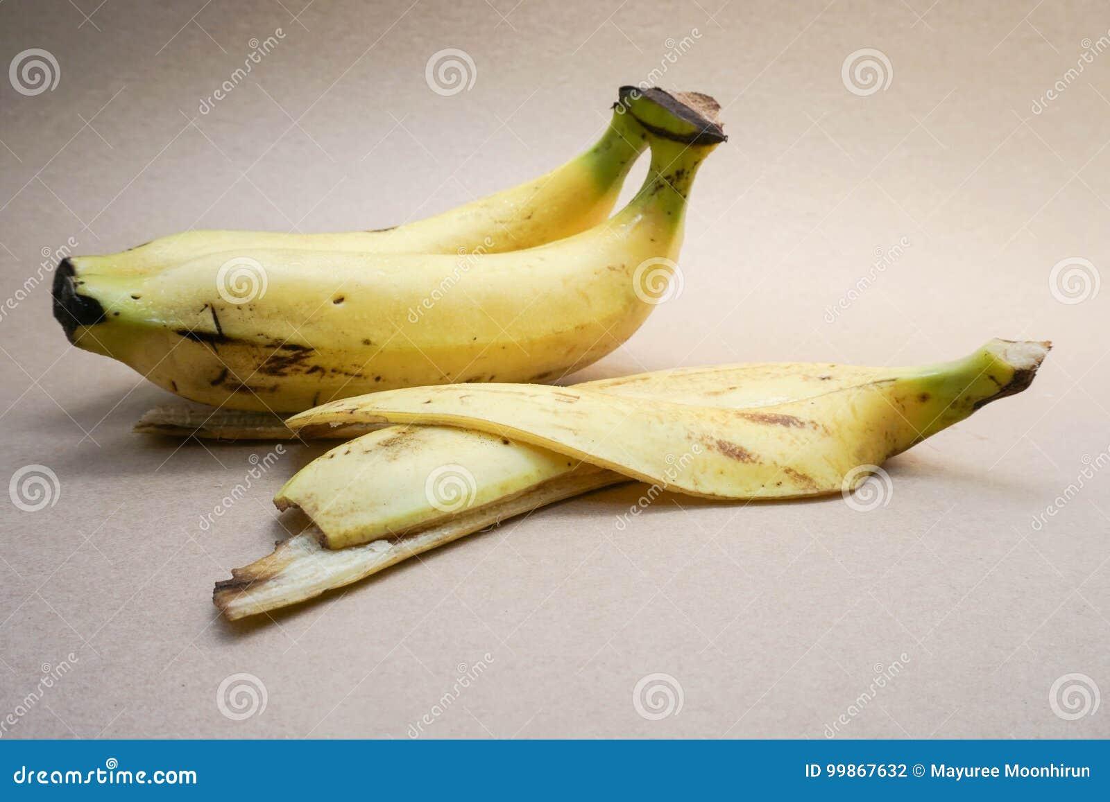 Bananen met de schil