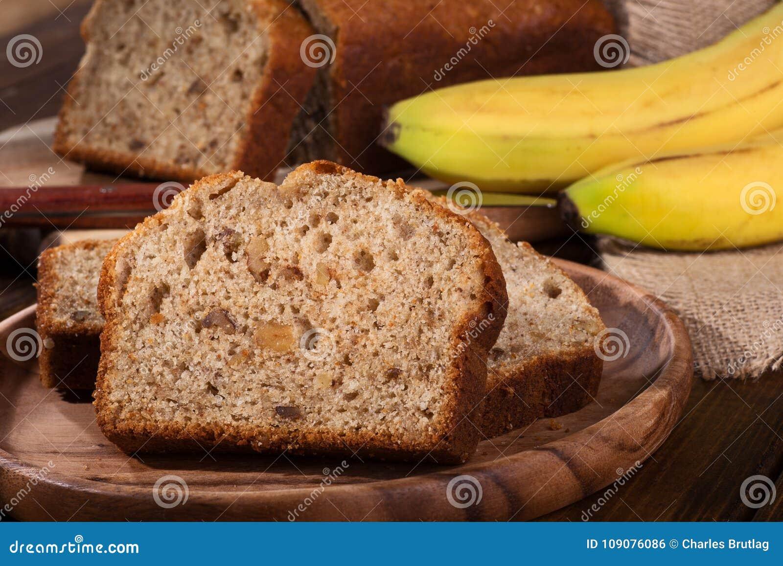 Bananen Nuss Bonbon Brot Stockfoto Bild Von Imbiss Kuchen 109076086