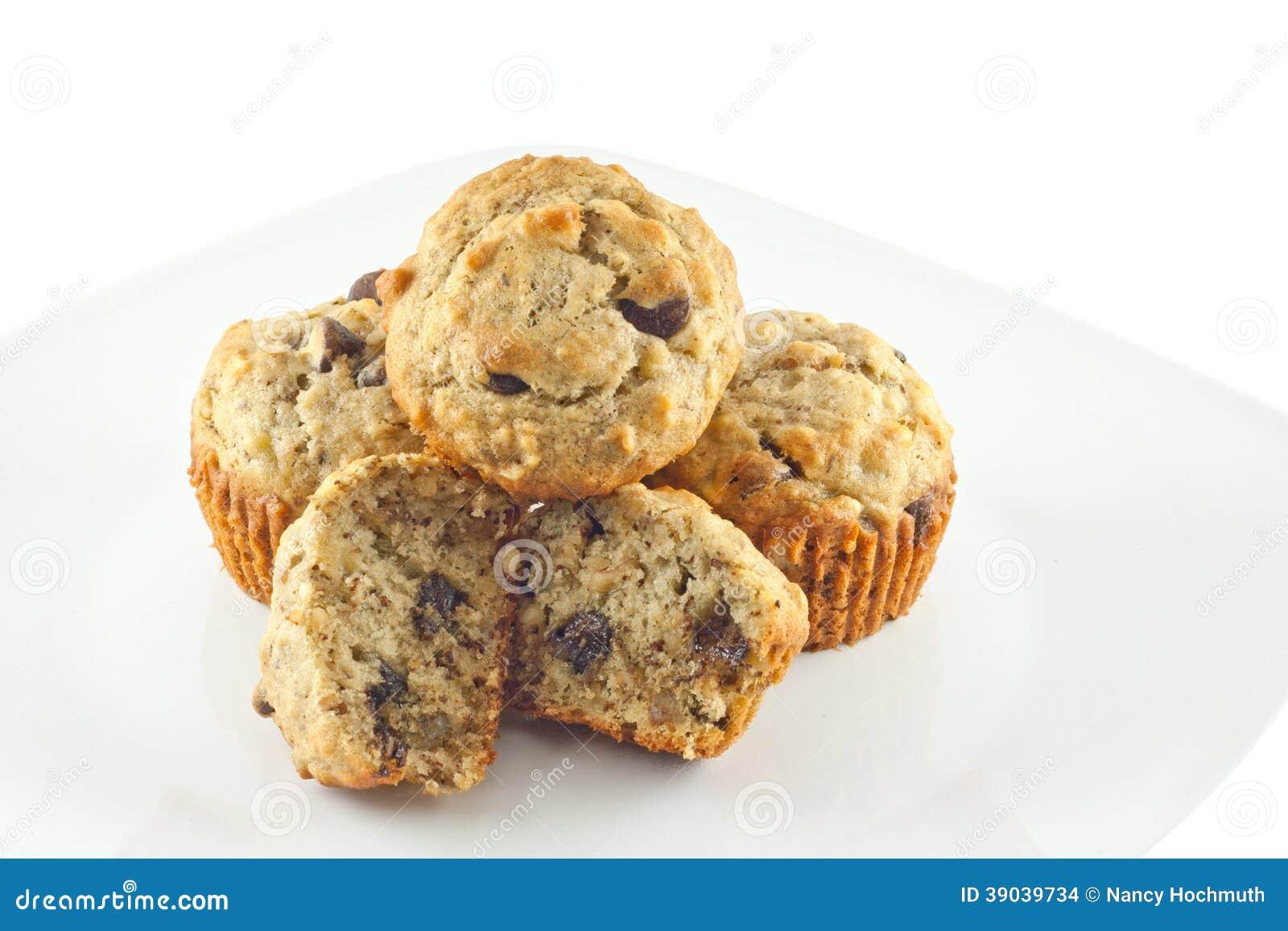 Bananowi Czekoladowego układu scalonego orzecha włoskiego Muffins