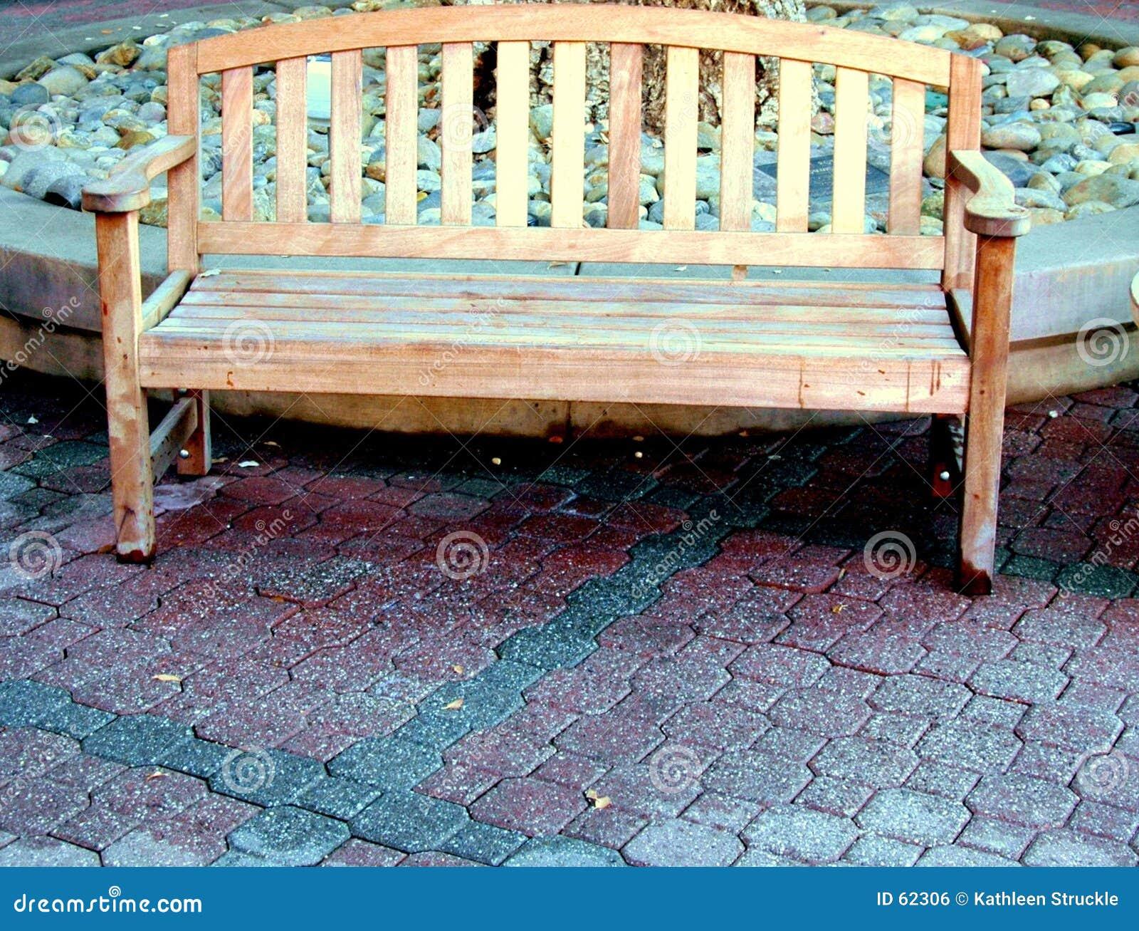 Download Banc en bois photo stock. Image du siège, reposez, home - 62306