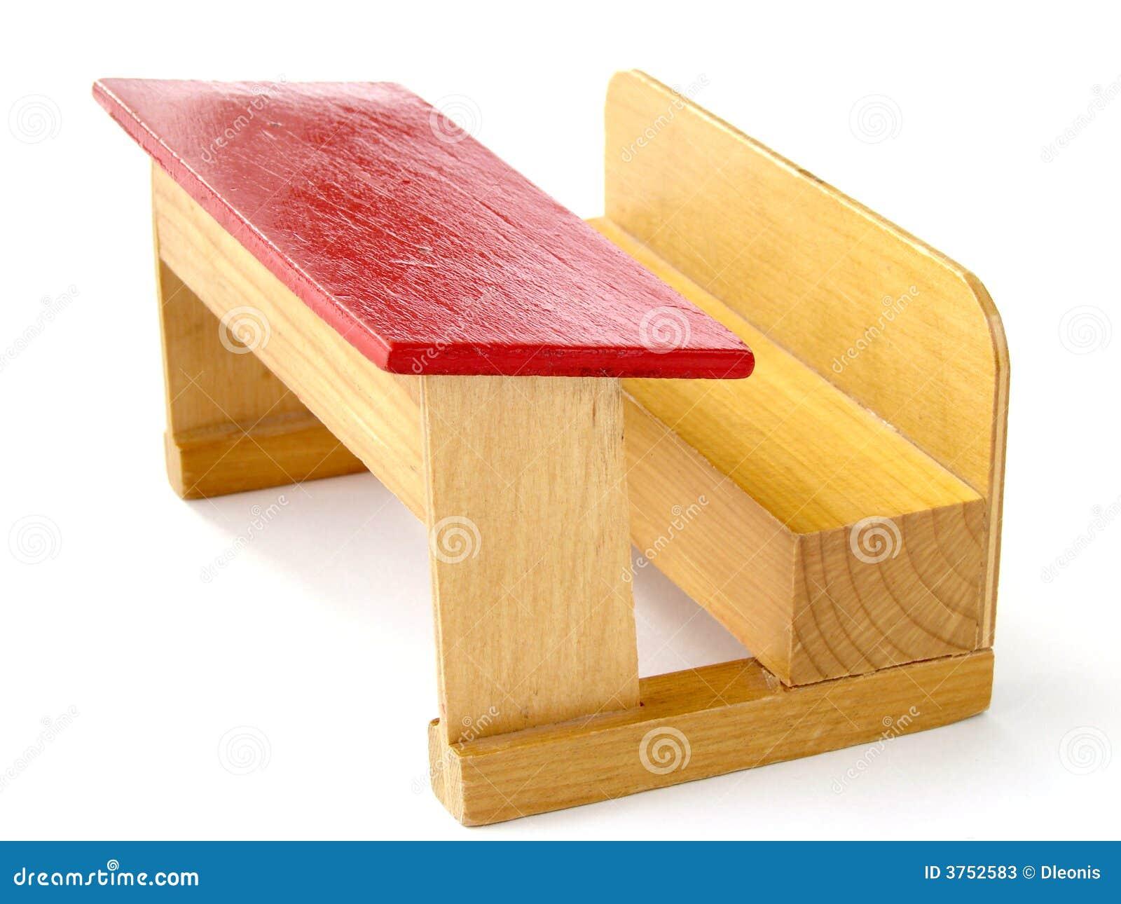 banc en bois d 39 cole de jouet photos stock image 3752583. Black Bedroom Furniture Sets. Home Design Ideas