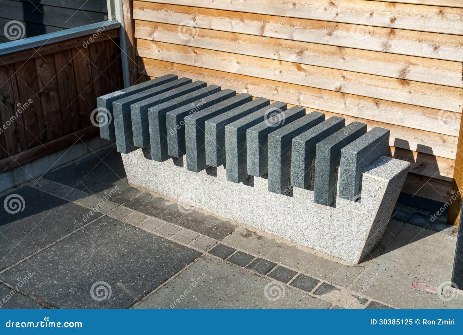 Banco de m rmol de piedra moderno del jard n foto de for Banco de piedra para jardin
