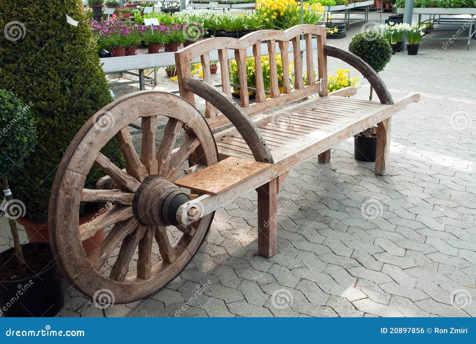 Banco de madera creativo del jard n for Banco madera jardin carrefour
