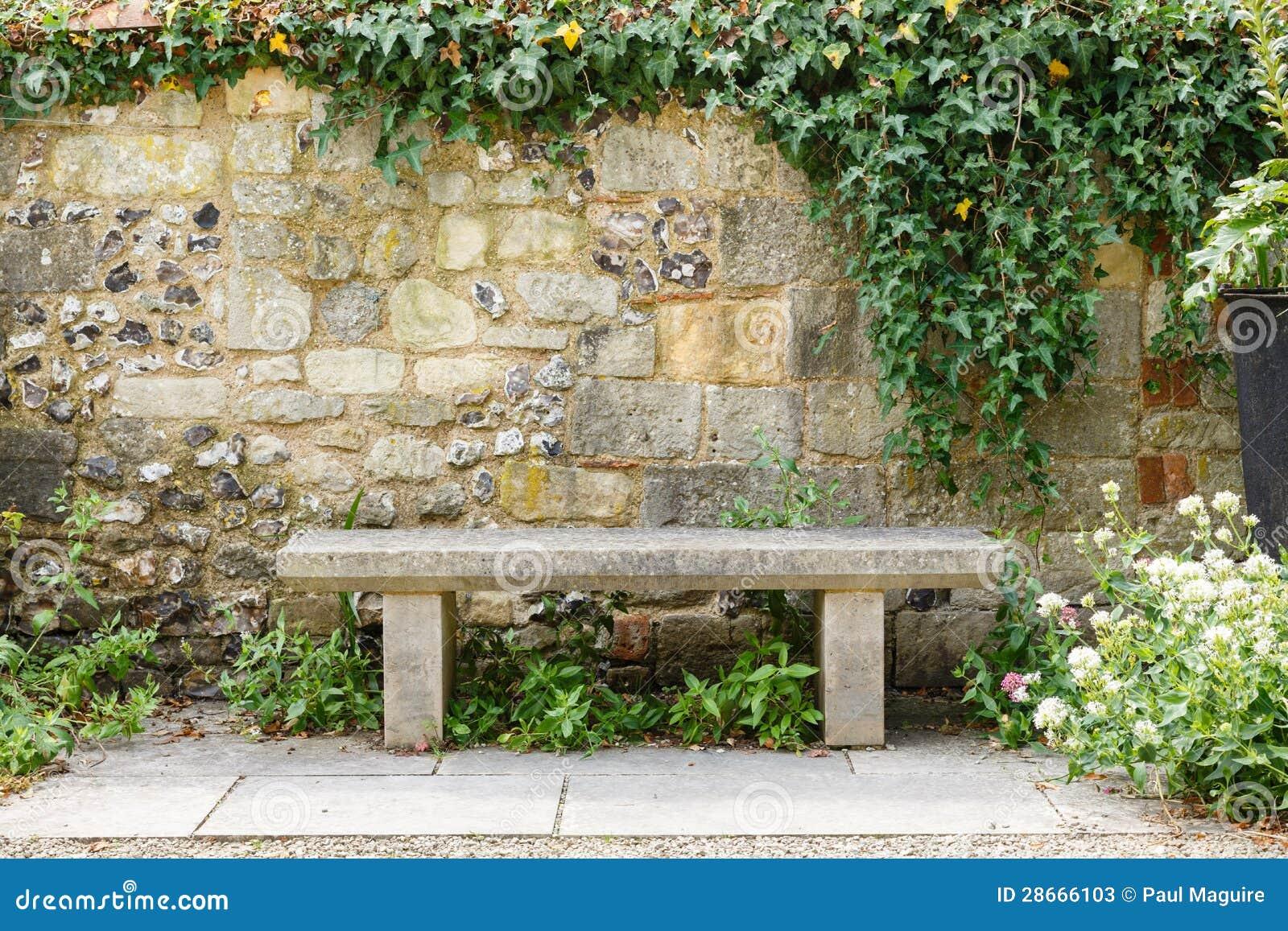 Banco in giardino convenzionale