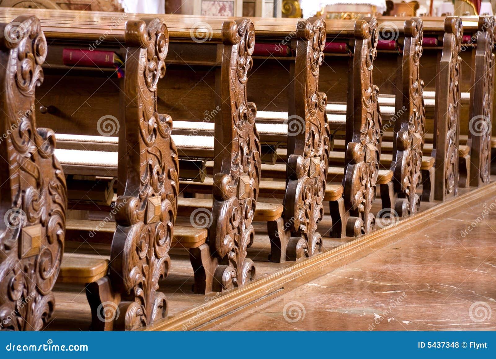 Bancos Da Igreja Fotos de Stock Royalty Free Imagem: 5437348 #321709 1300x957