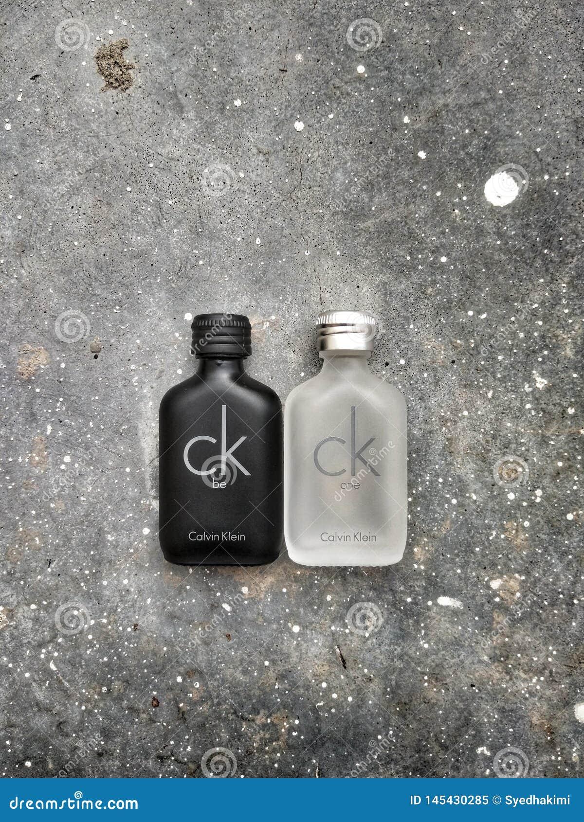 Bandar Seri Begawan/Brunei Darussalam - 19 Mei 2019: CK zijn en het Parfum van CK ??n dat door Calvin Klein Perfume Company wordt