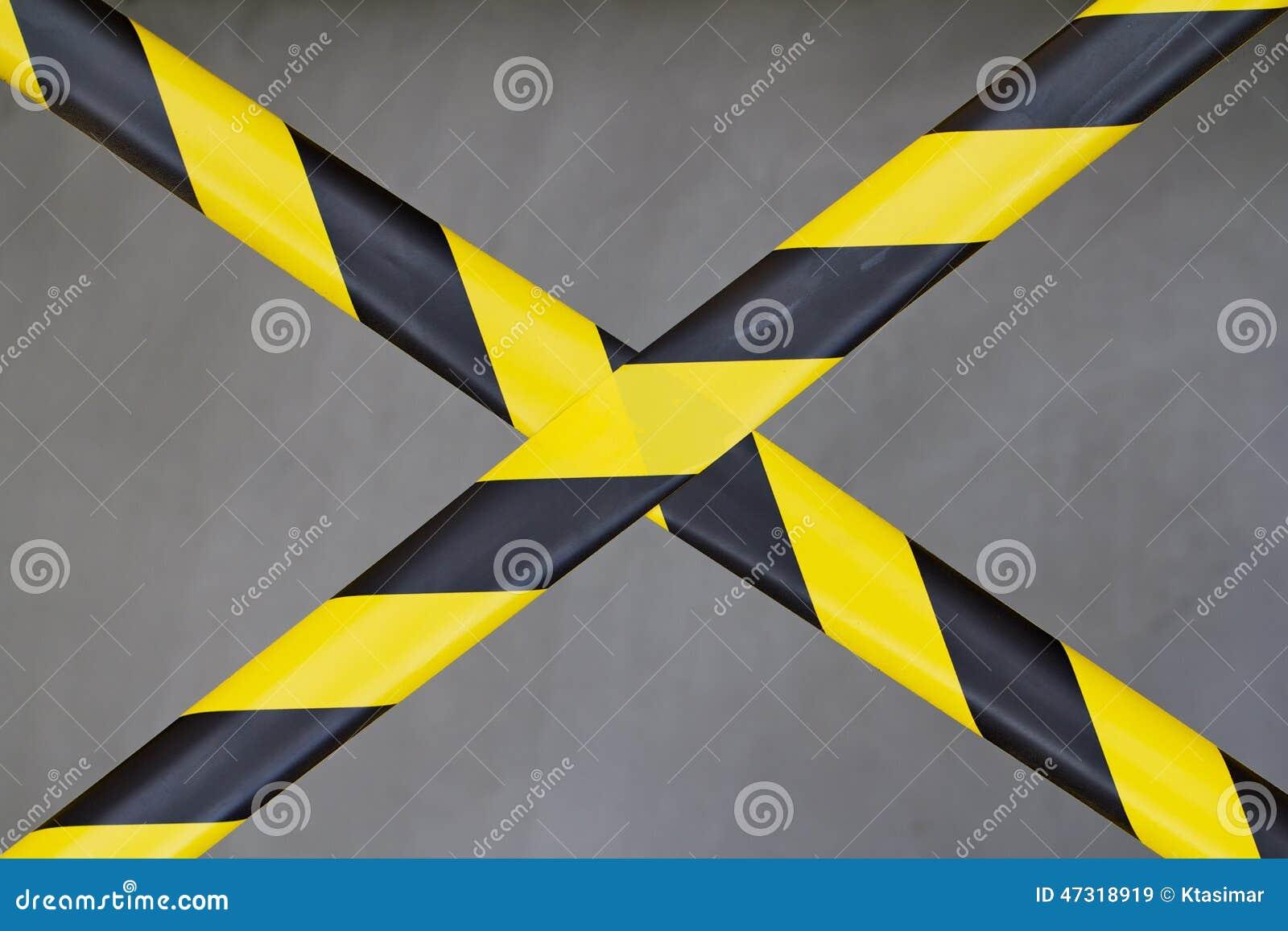 bande noire et jaune de barri re photo stock image 47318919. Black Bedroom Furniture Sets. Home Design Ideas