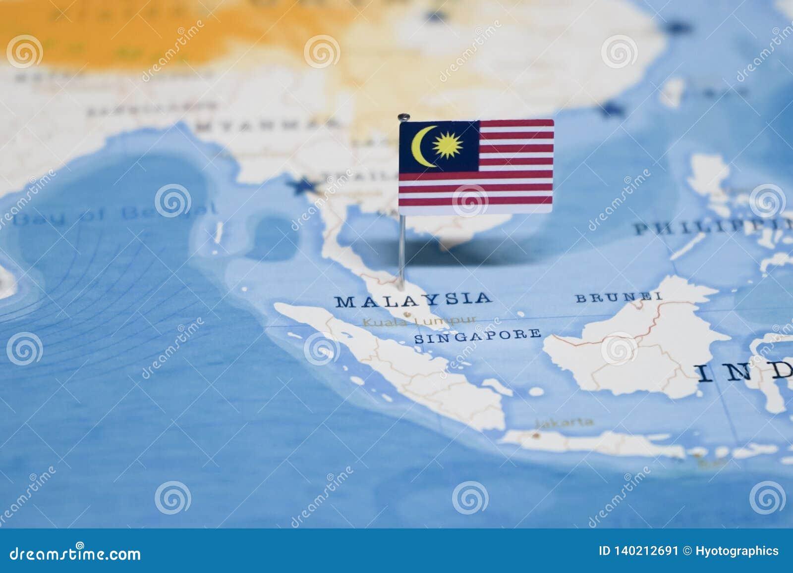 A bandeira de malaysia no mapa do mundo