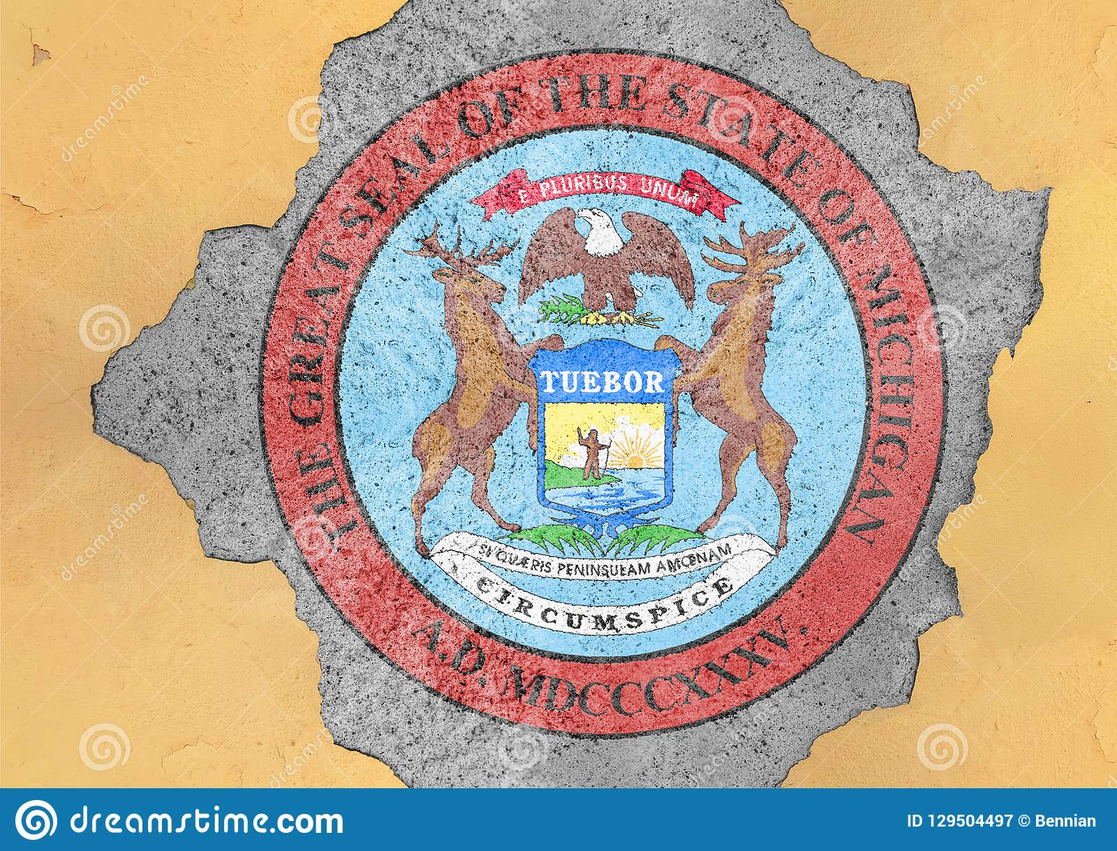 Bandeira do selo de Michigan do estado de E.U. no furo rachado concreto grande e em parede quebrada
