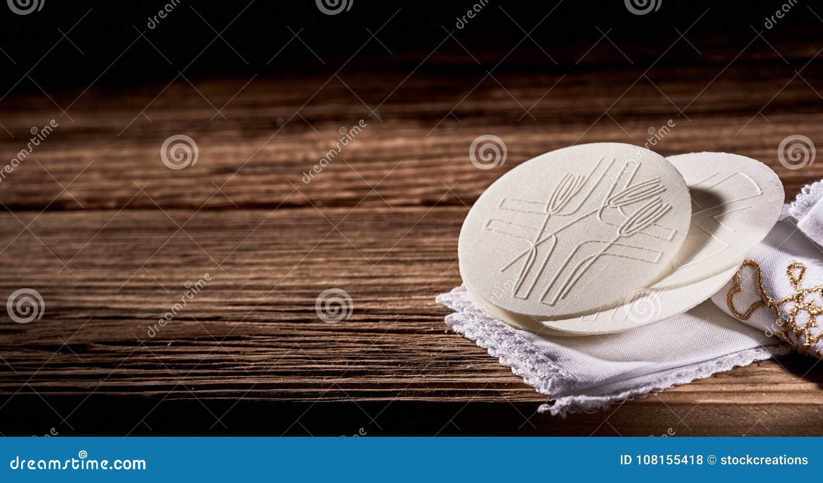 Bandeira rústica com Hosties ou pão sacramental