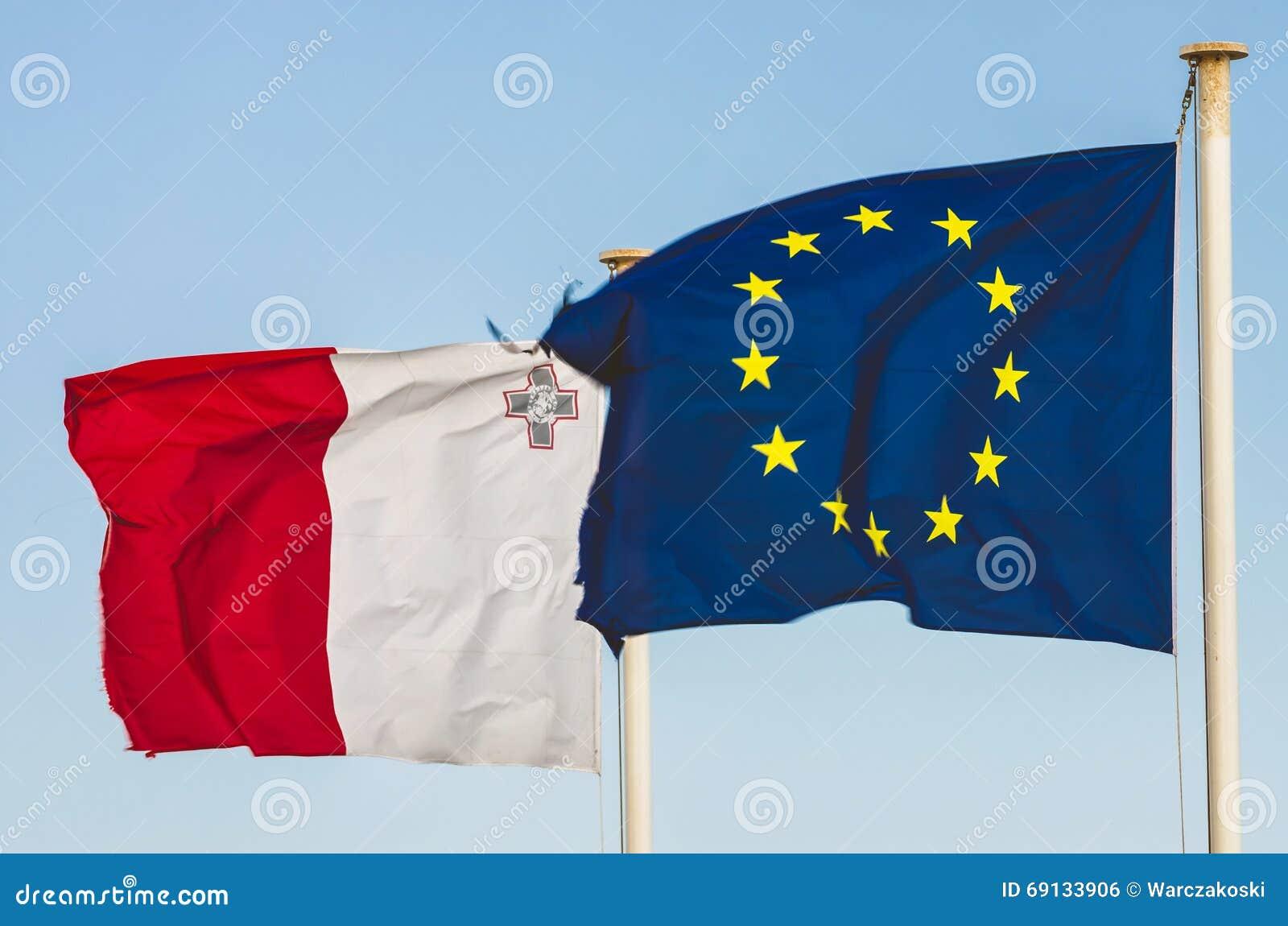 Bandeiras da UE e do Malta