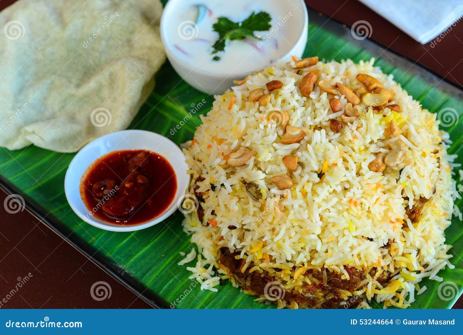 Bandeja do biryani da carne de Kerala