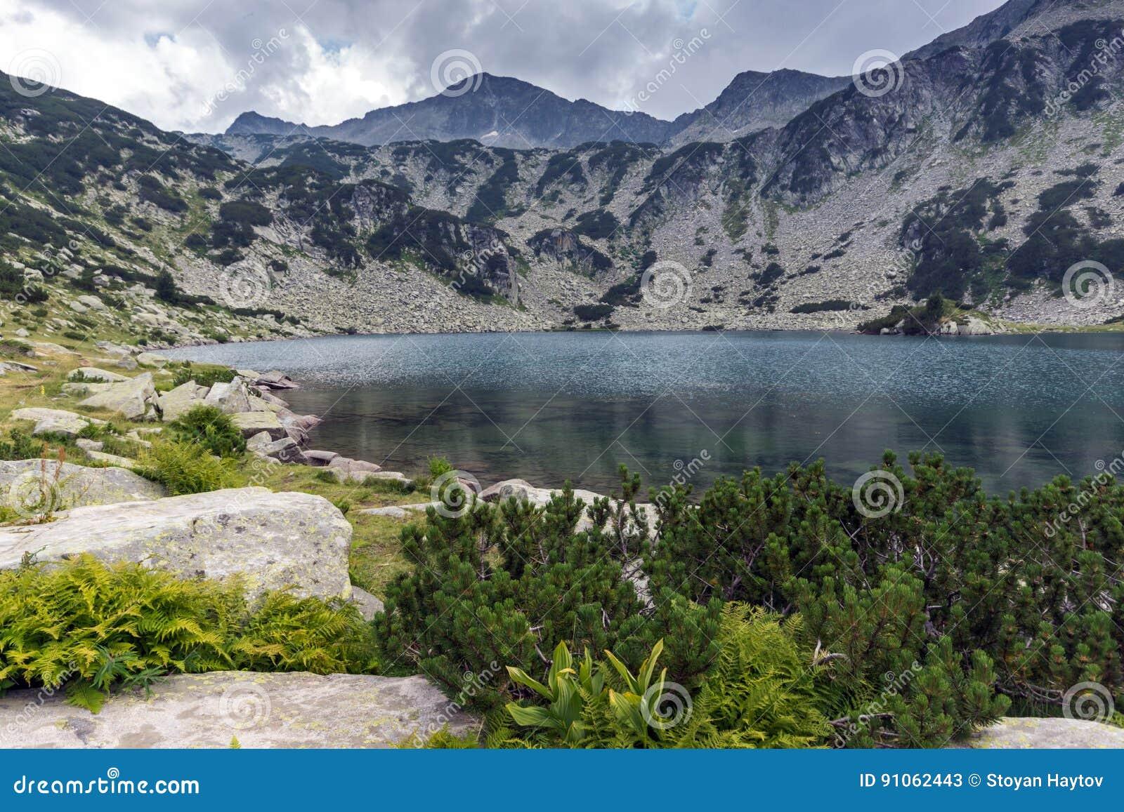 Banderishki chukar peak and banderitsa fish lake pirin for Peak fishing times