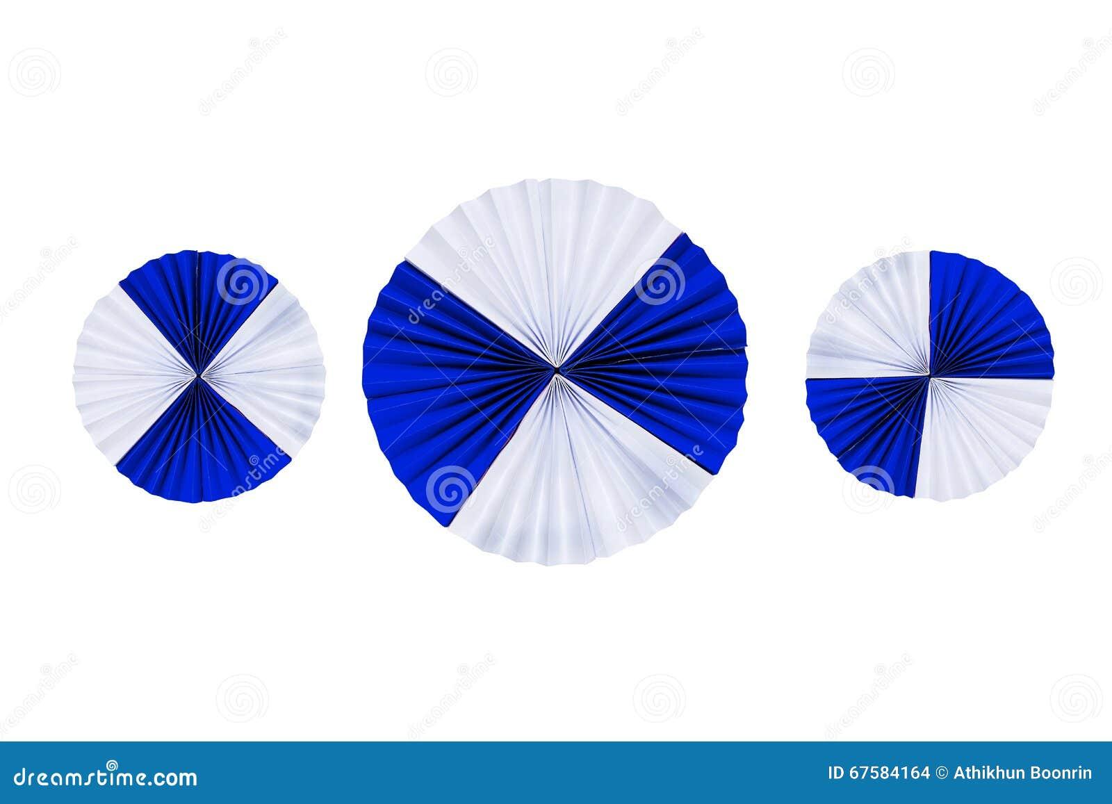 Bandes en filigrane de papier pliées dans les vagues