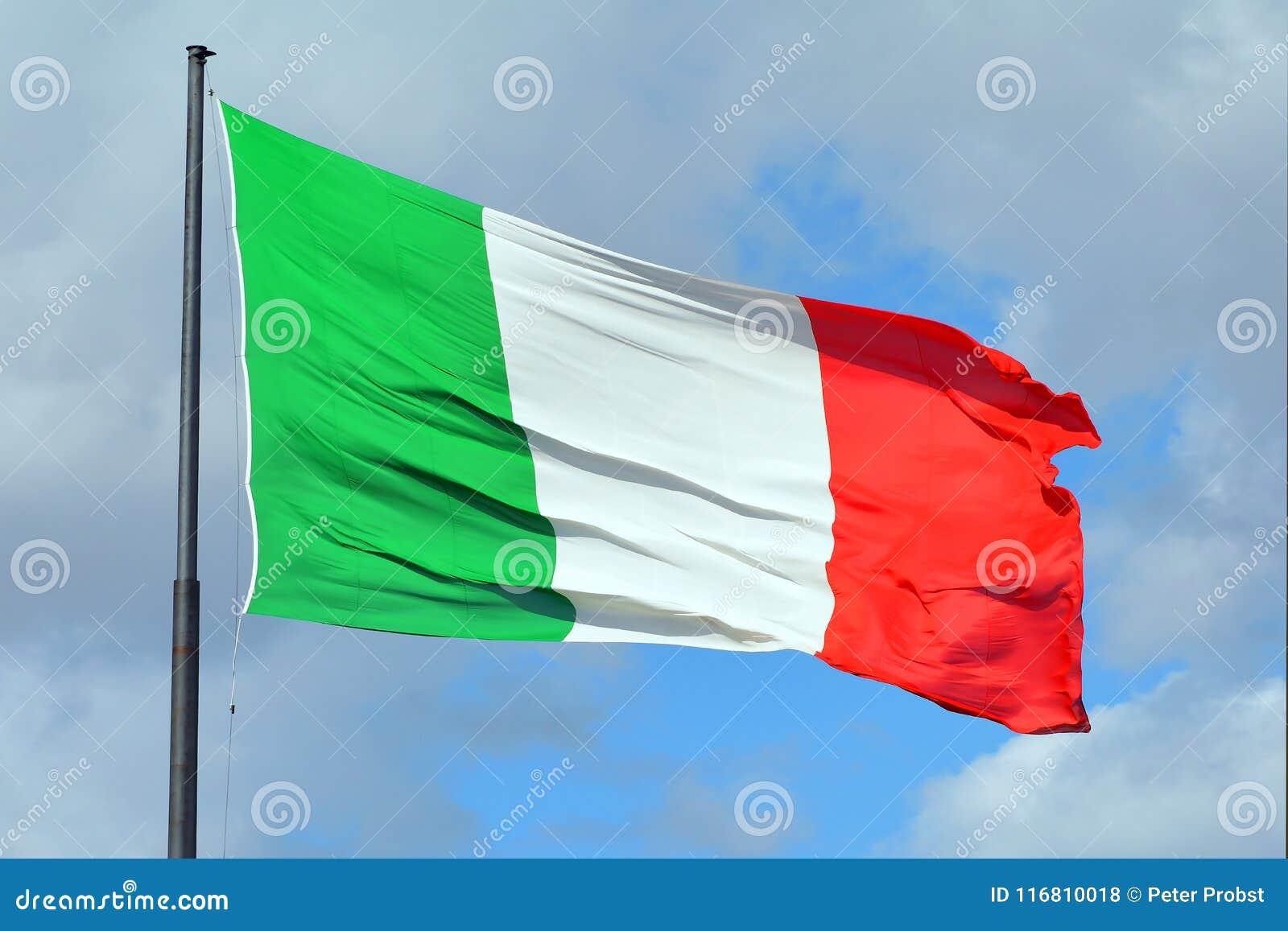 Bandiera nazionale italiana - Italia