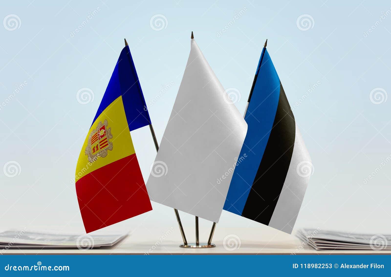 Bandiere dell Andorra e dell Estonia