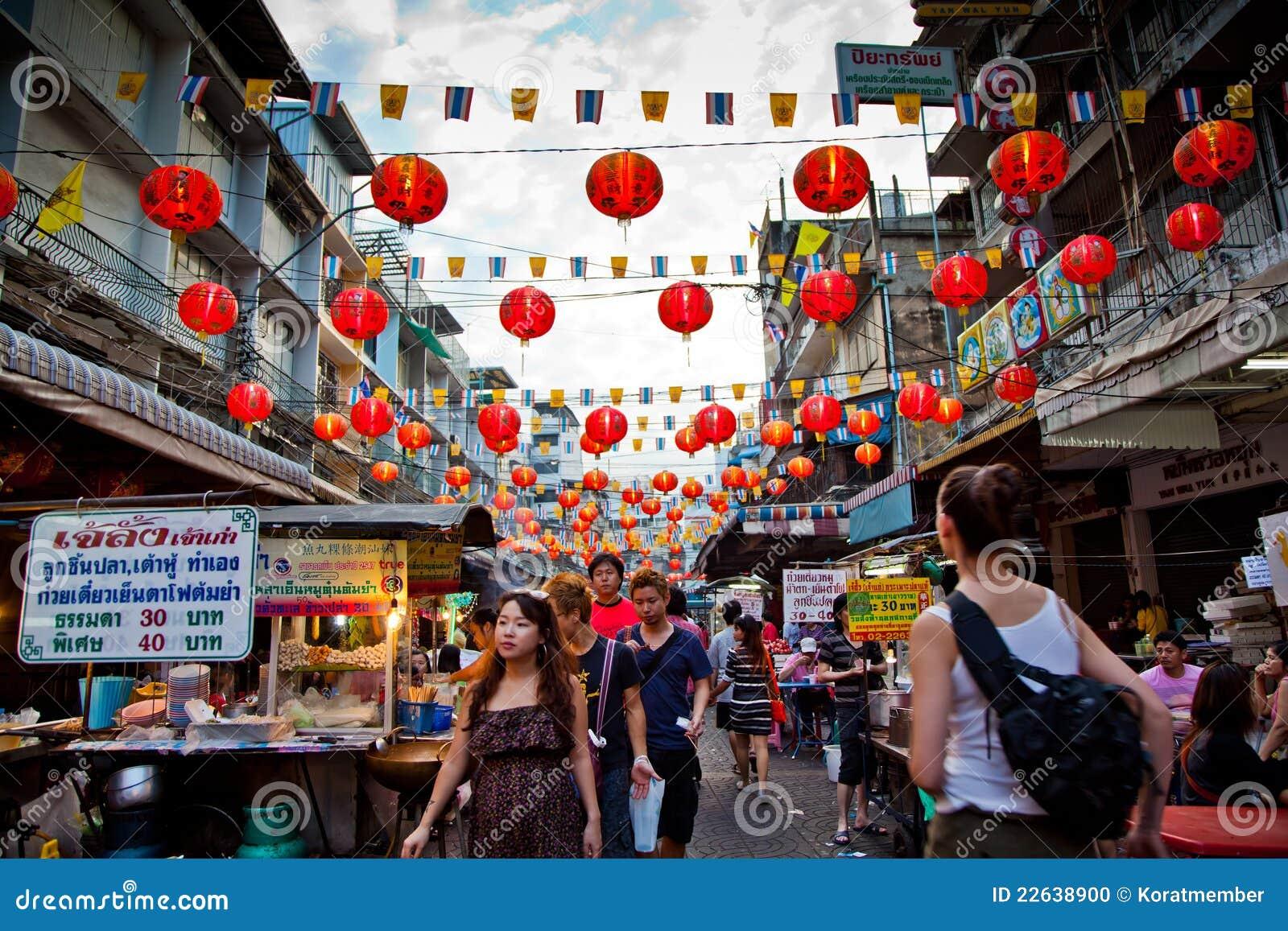 bangkok china town editorial image  image of people  fruit