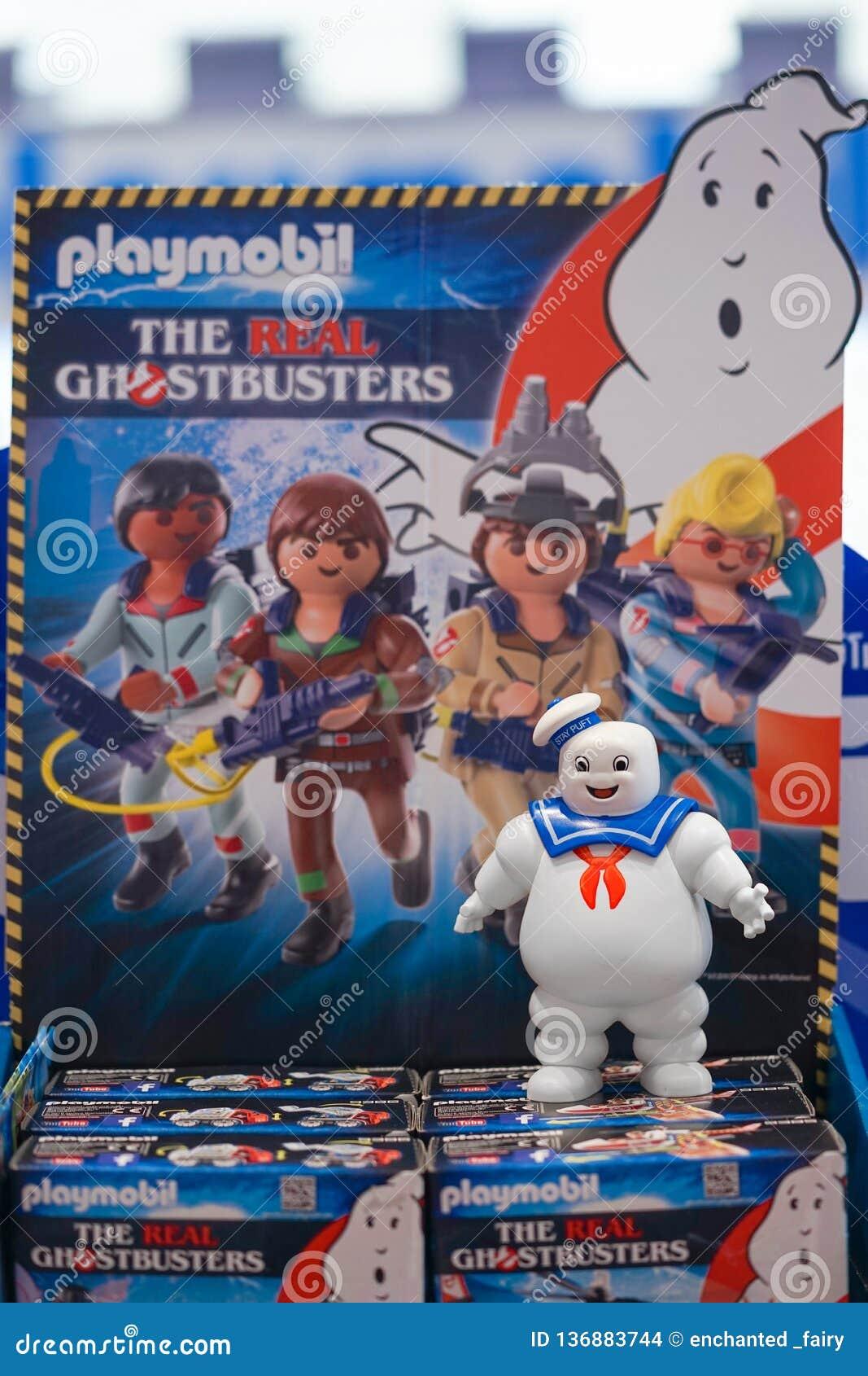 Bangkok - 12 de enero de 2019: Una foto de un juguete del hombre de la melcocha de los ghostbusters del playmobil El hombre de la