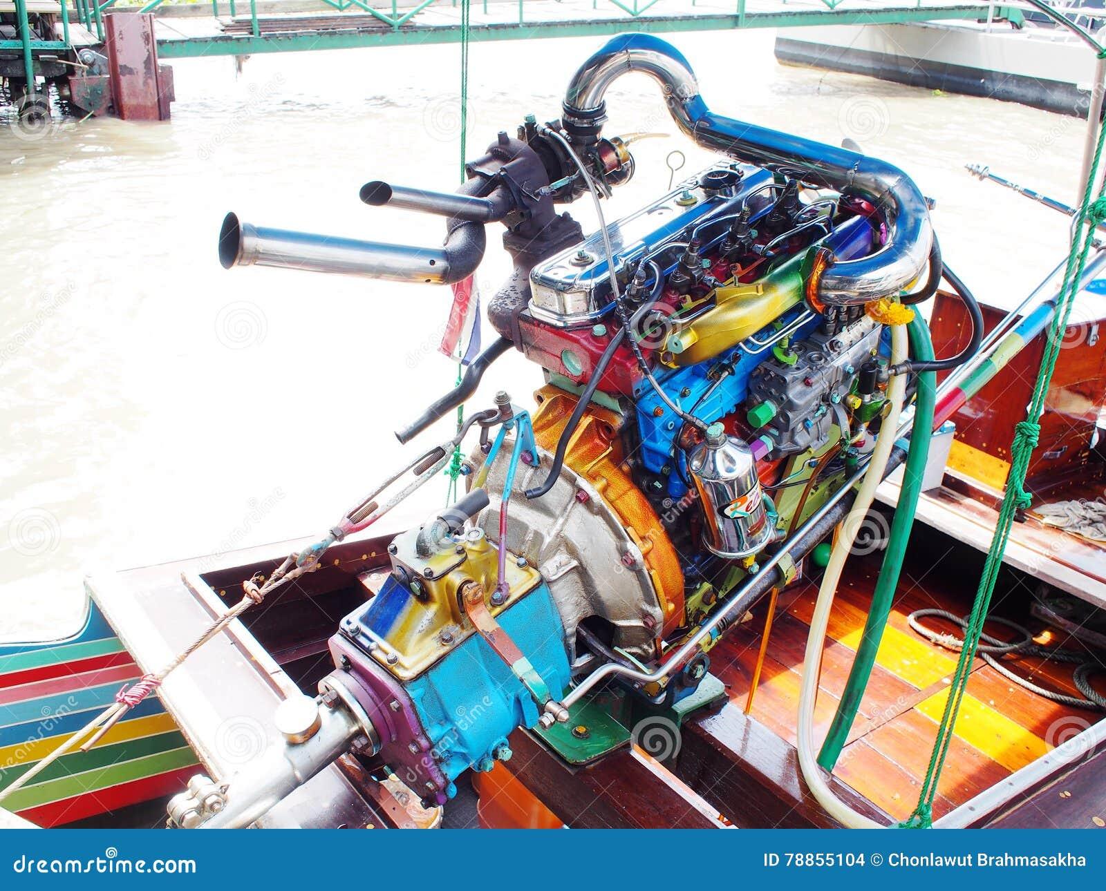 BANGKOK Speed Boat In CHAO PHRAYA River Modified Automotive Engine ...