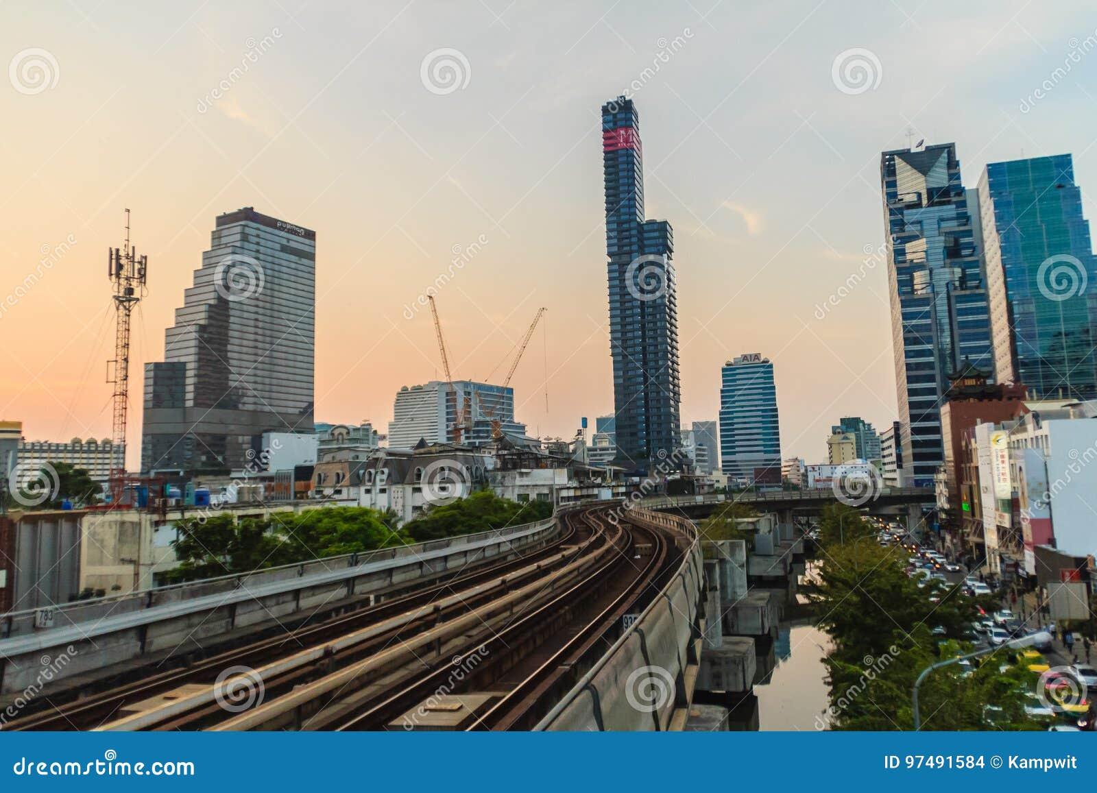 Bangkok, Tailandia - 8 marzo 2017: Il sistema di trasporto pubblico di Bangkok