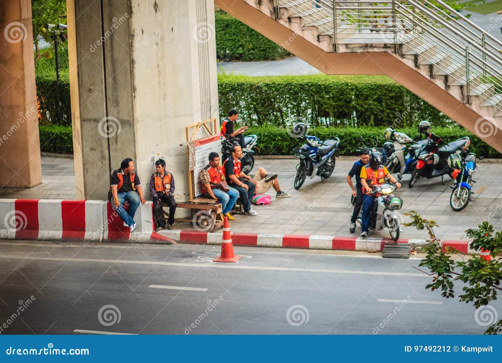 Bangkok, Tailandia - 8 marzo 2017: Taxi Bangkok, Thail della motocicletta