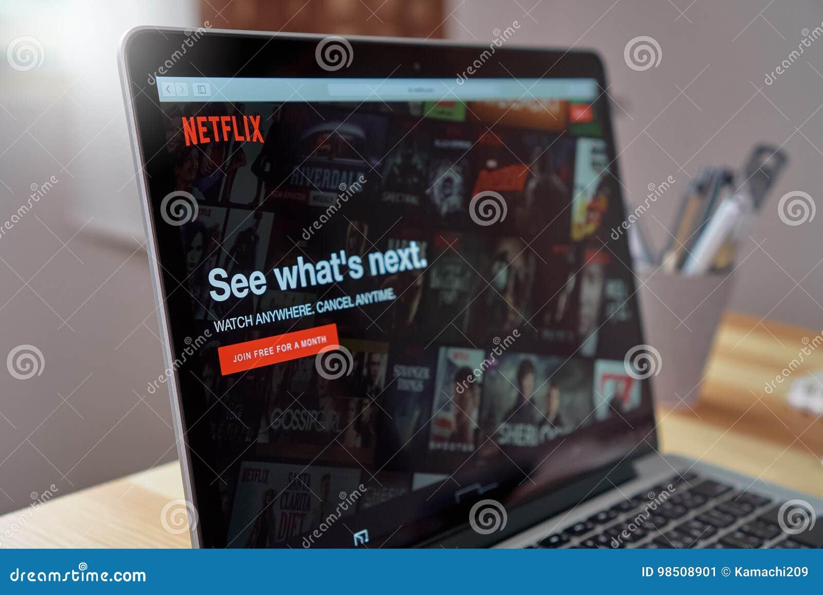 Bangkok, Thaïlande - 23 août 2017 : Netflix APP sur l écran d ordinateur portable Netflix est un principal service international
